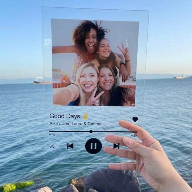 PixArtsCo Personalized Gift Glass Art