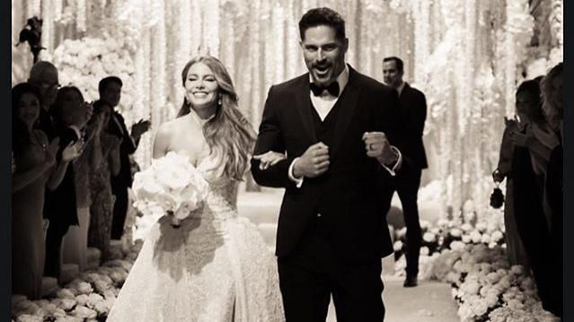 Sofia Vergara Wedding.Sofia Vergara And Joe Manganiello Share Never Before Seen Wedding Photos