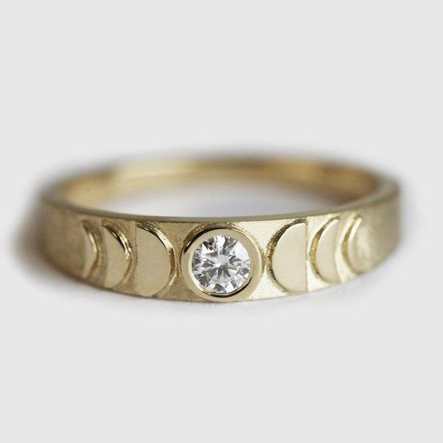 Capucinne Moon Ring, Moon Phase Ring
