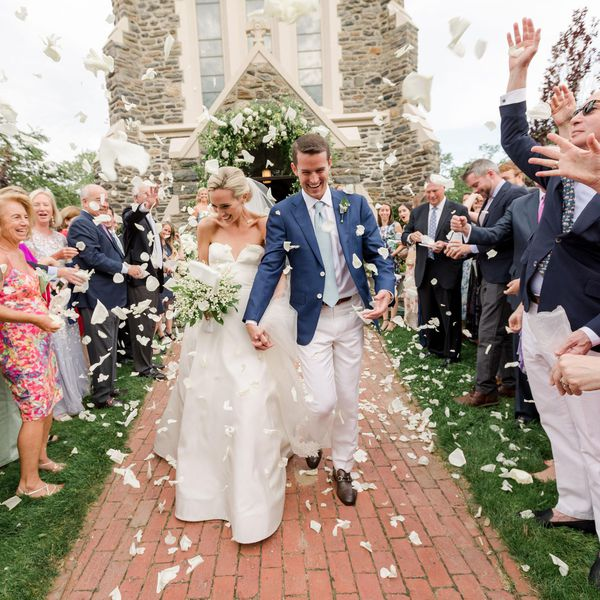 Country Wedding Ideas For Summer: Light, Airy Details Made For The Prettiest Spring Wedding