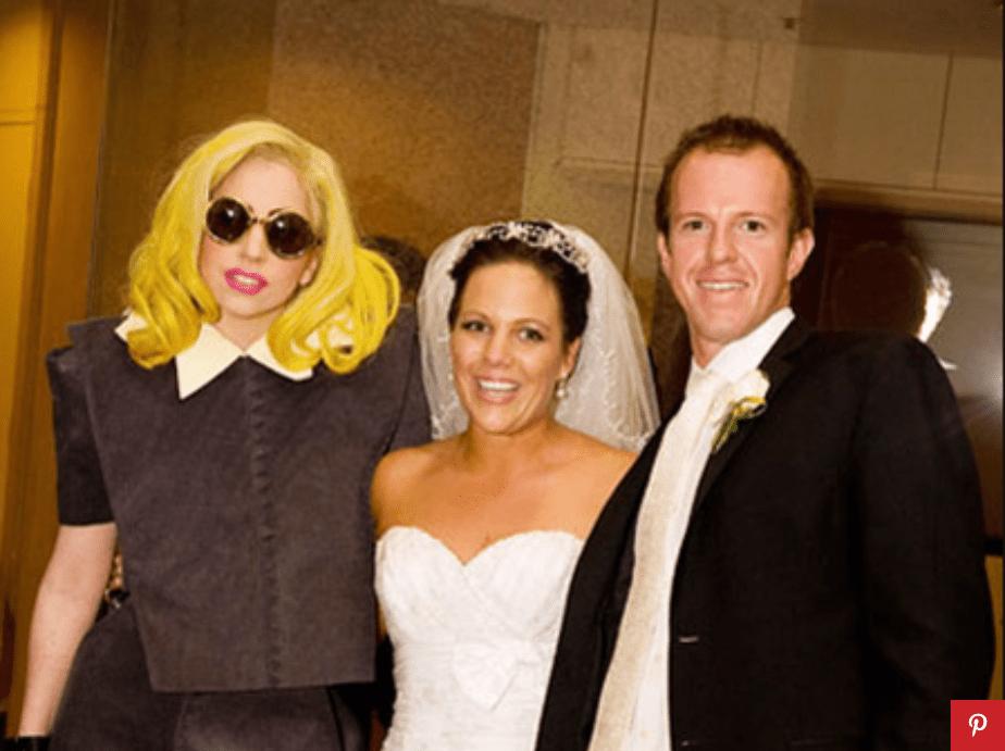Lady Gaga Crashes Wedding