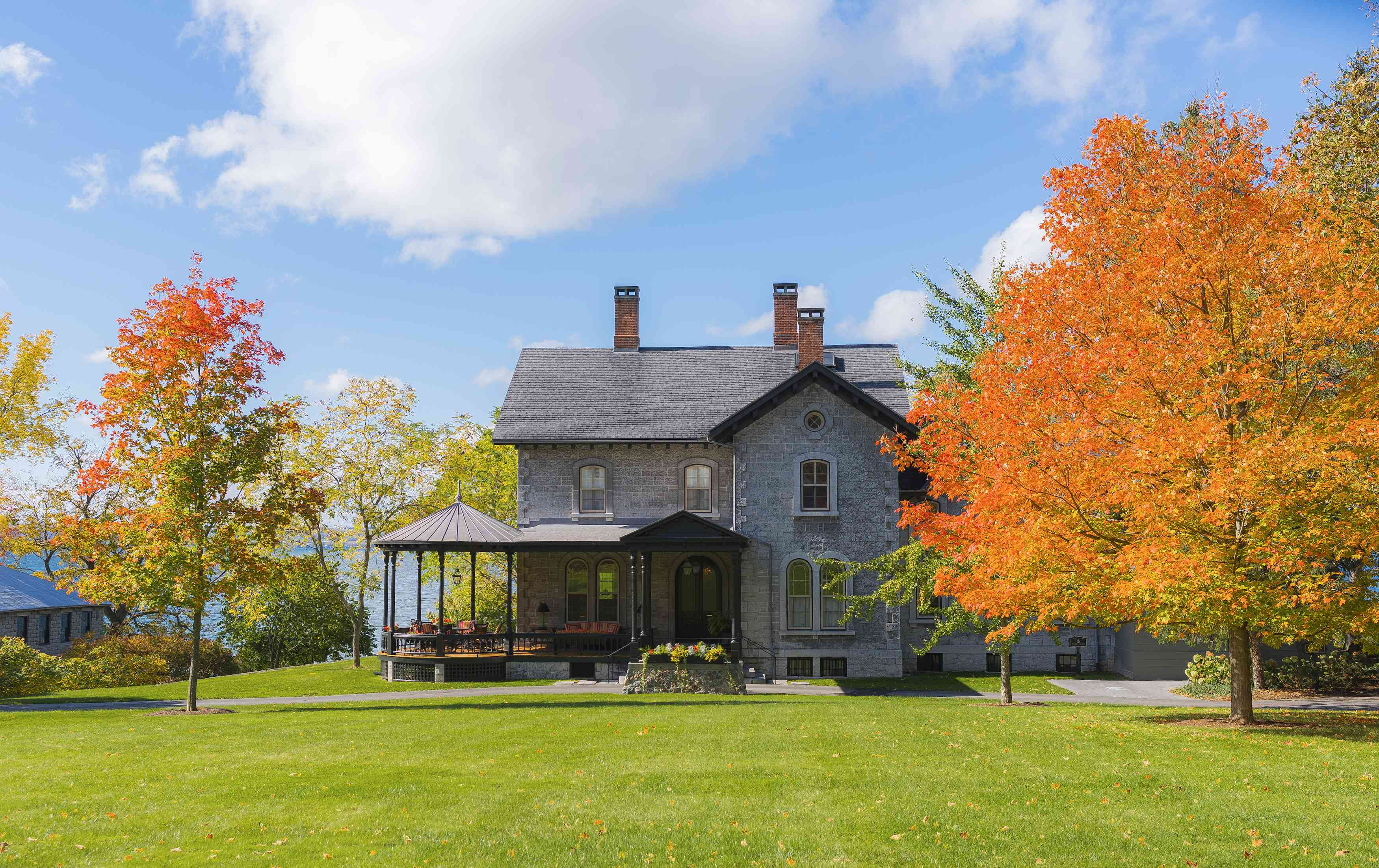 Views of the fall foliage at Inns of Aurora