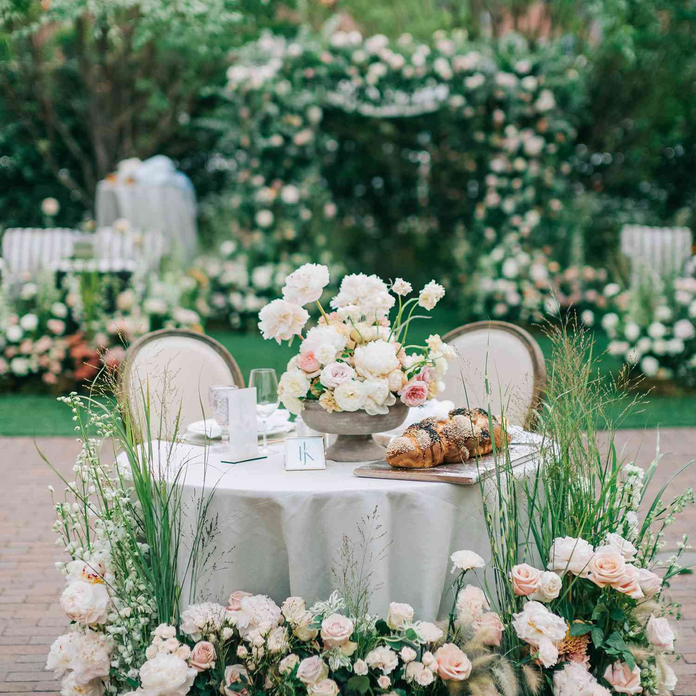 Enchanted Garden sweetheart table