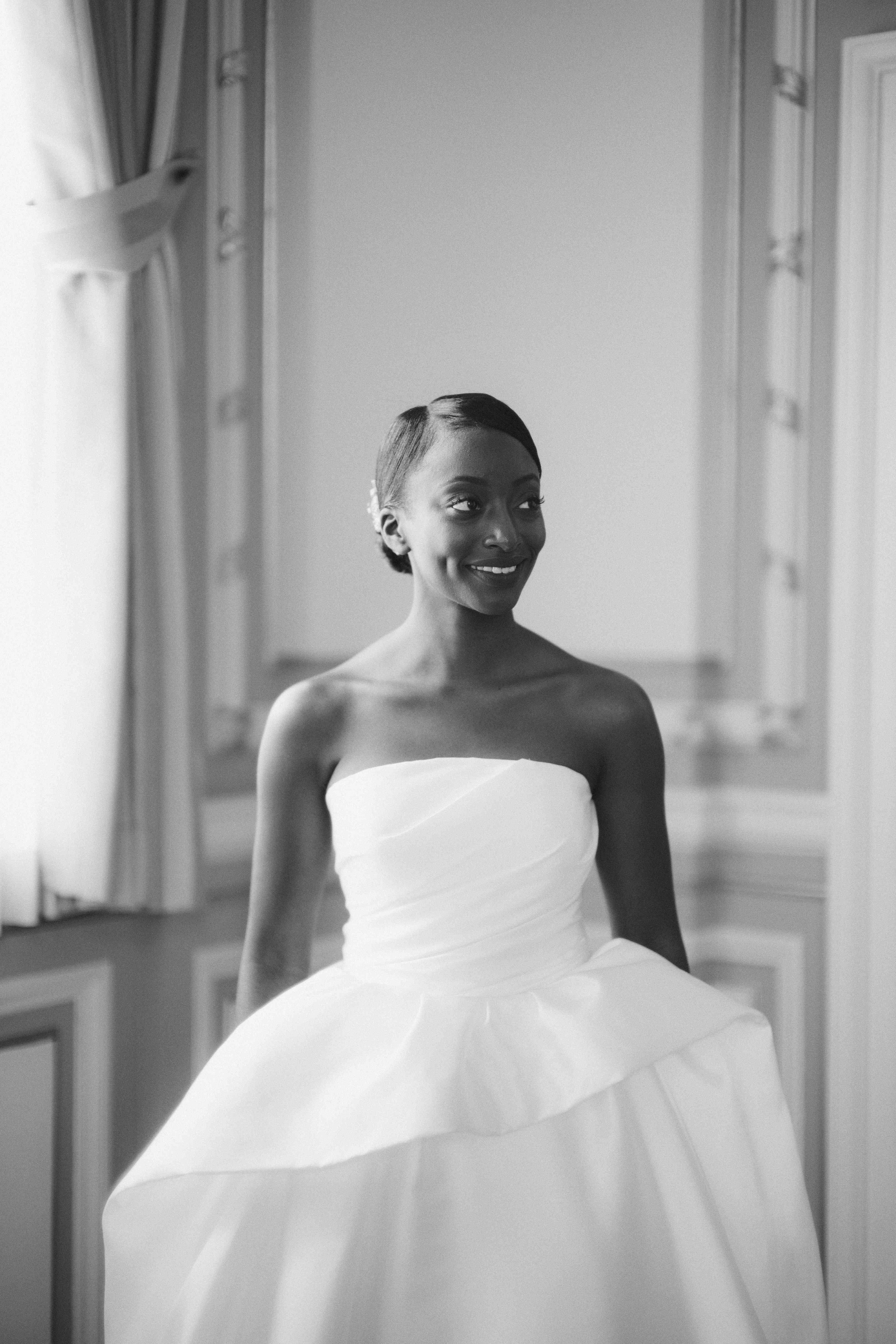 bride solo beauty shot