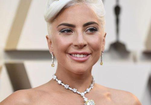 Lady Gaga in Tiffany diamond necklace at 2019 Oscars