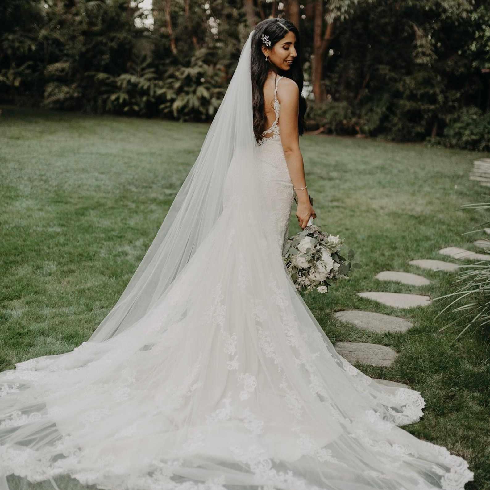 18 Best Wedding Veils of 18