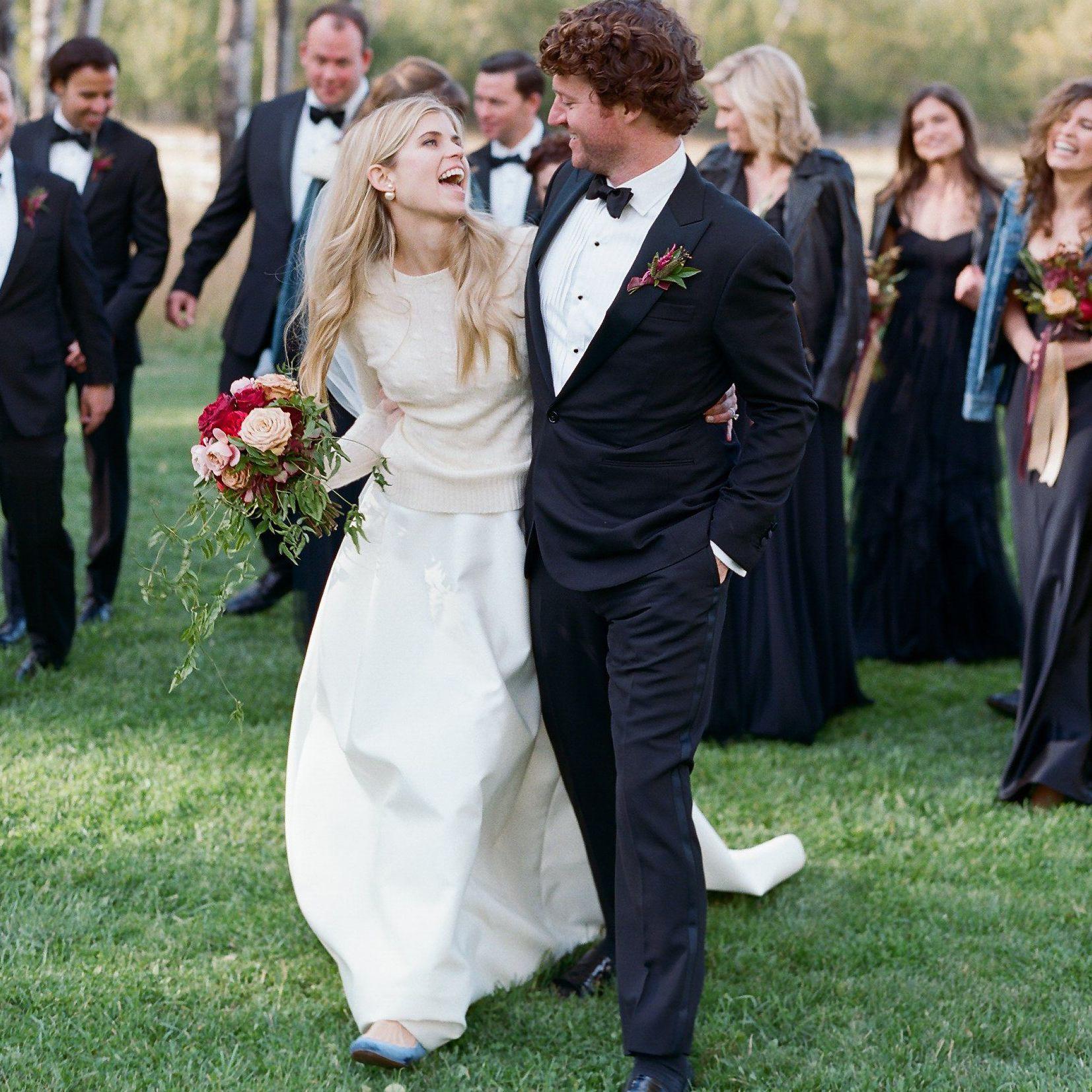 21 Stunning Wedding Dresses For A Winter Wedding