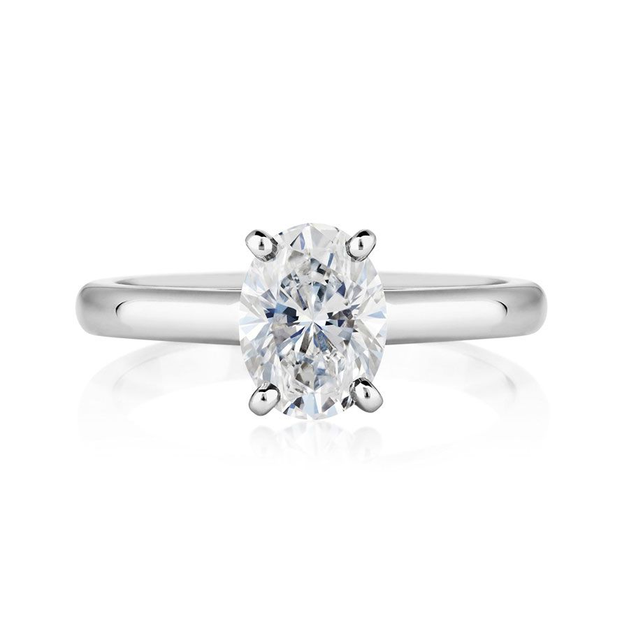 De Beers Oval-Cut Diamond Engagement Ring