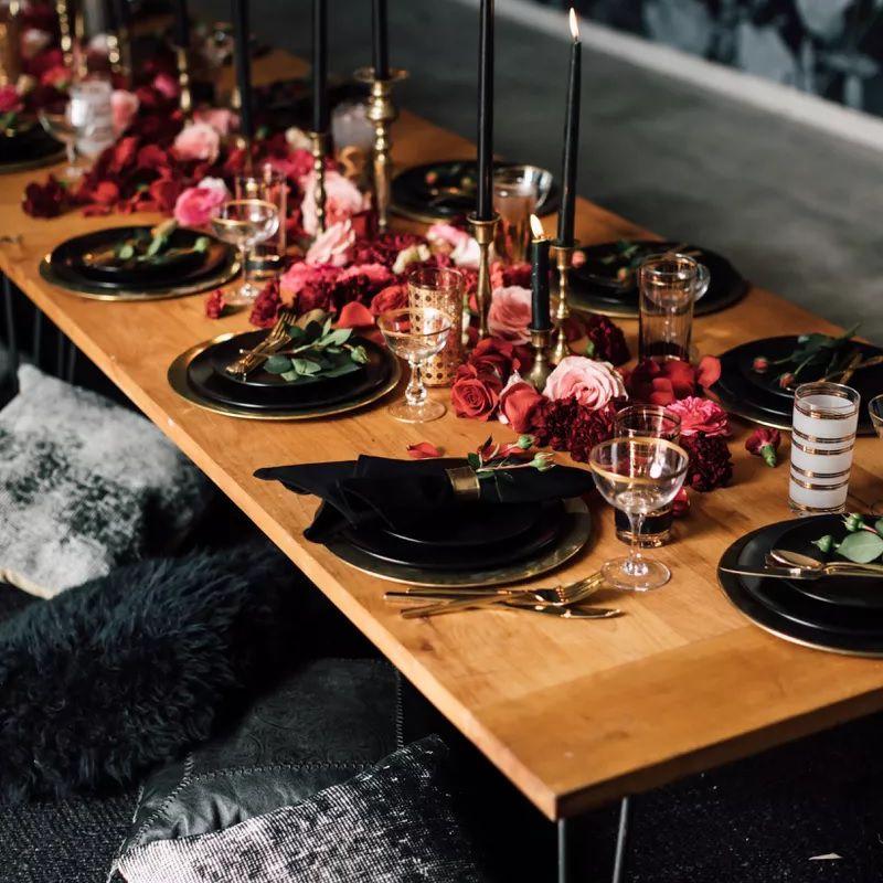 Black reception table