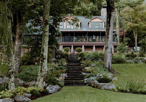 <p>Wedding venue location</p>