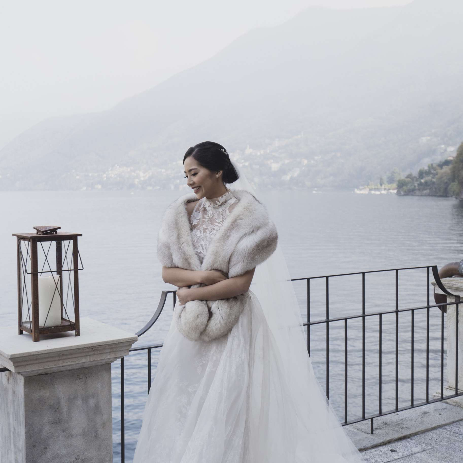 14 Brides Who Looked Truly Dreamy At Their Winter Weddings