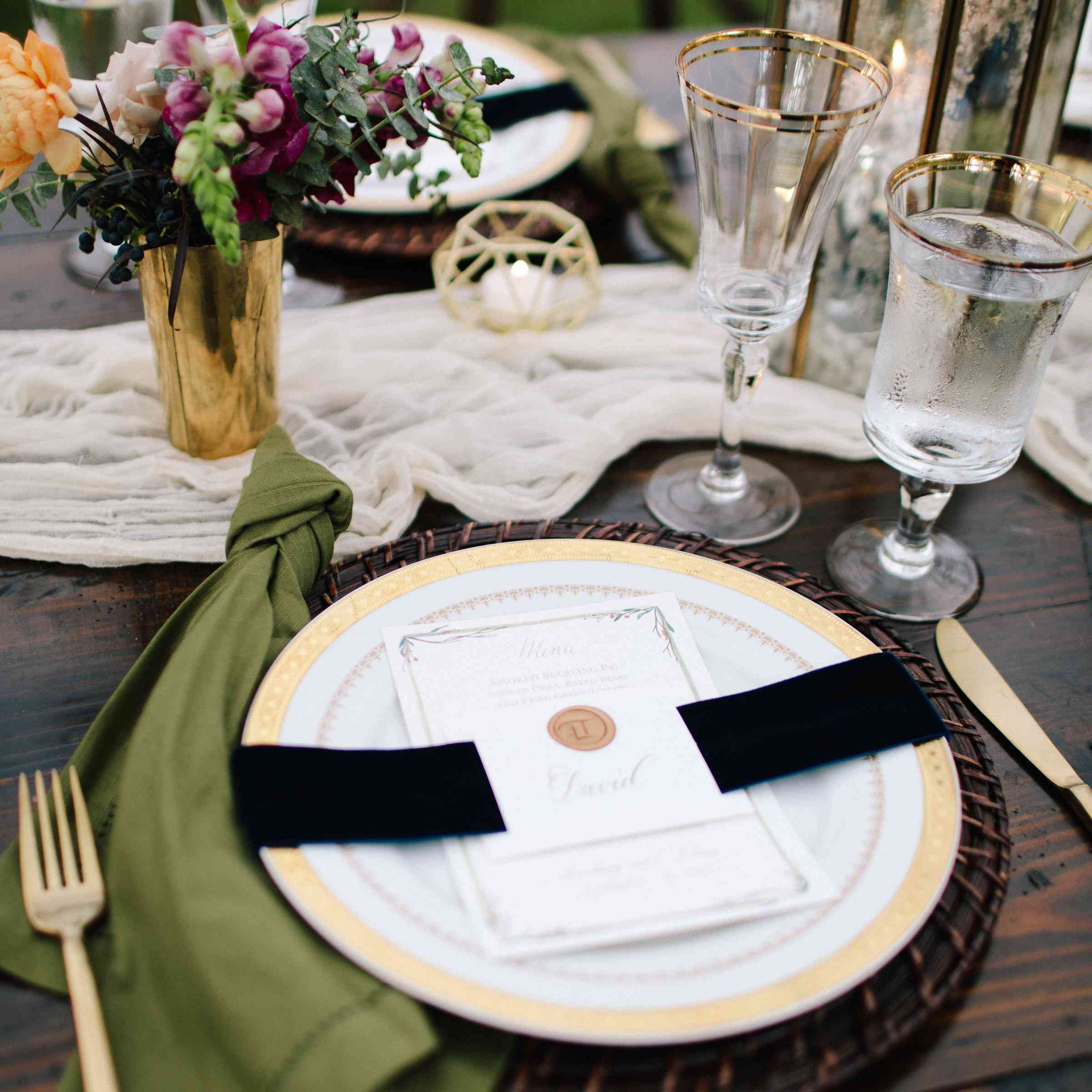 <p>Reception Place Setting</p><br><br>
