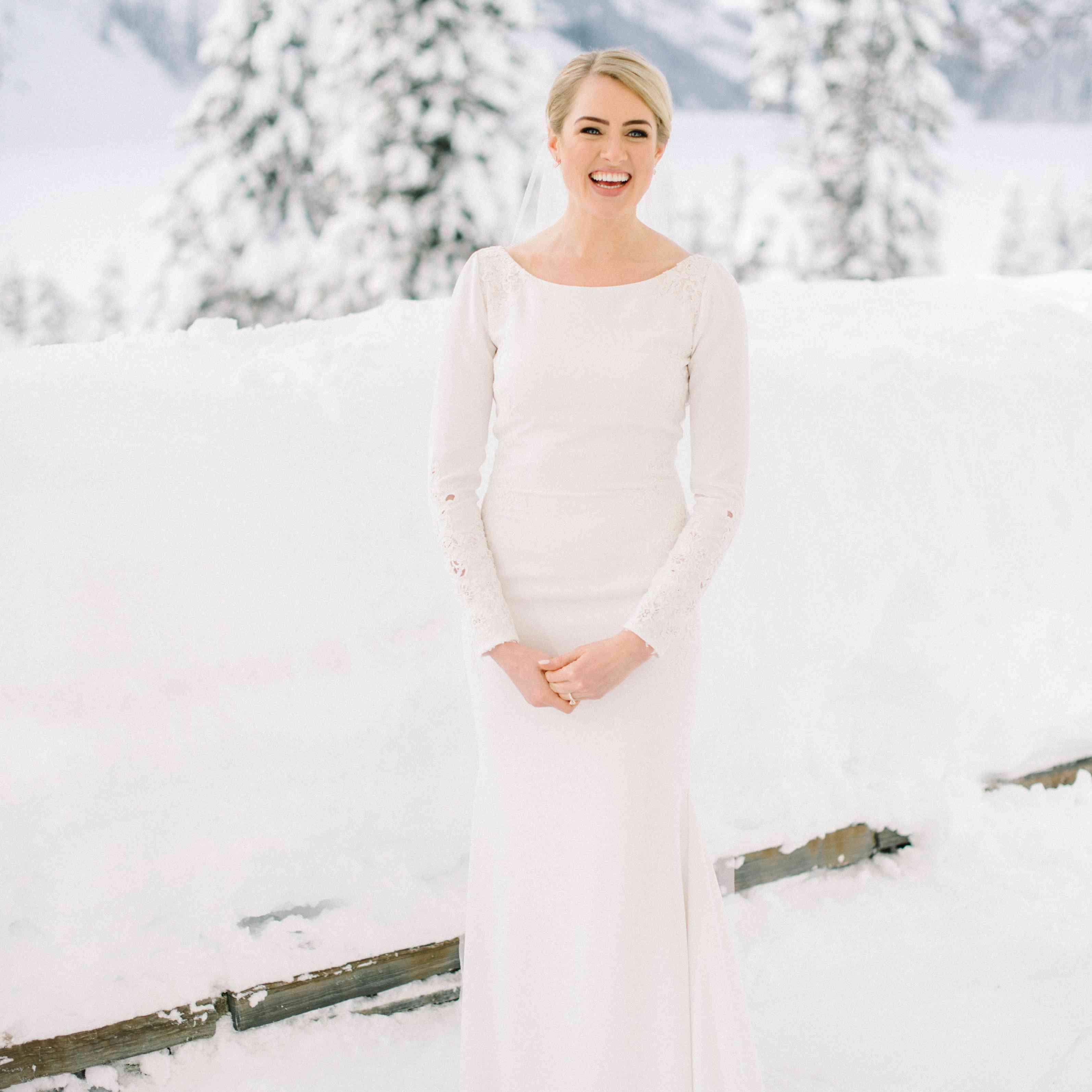 bride long sleeve wedding dress