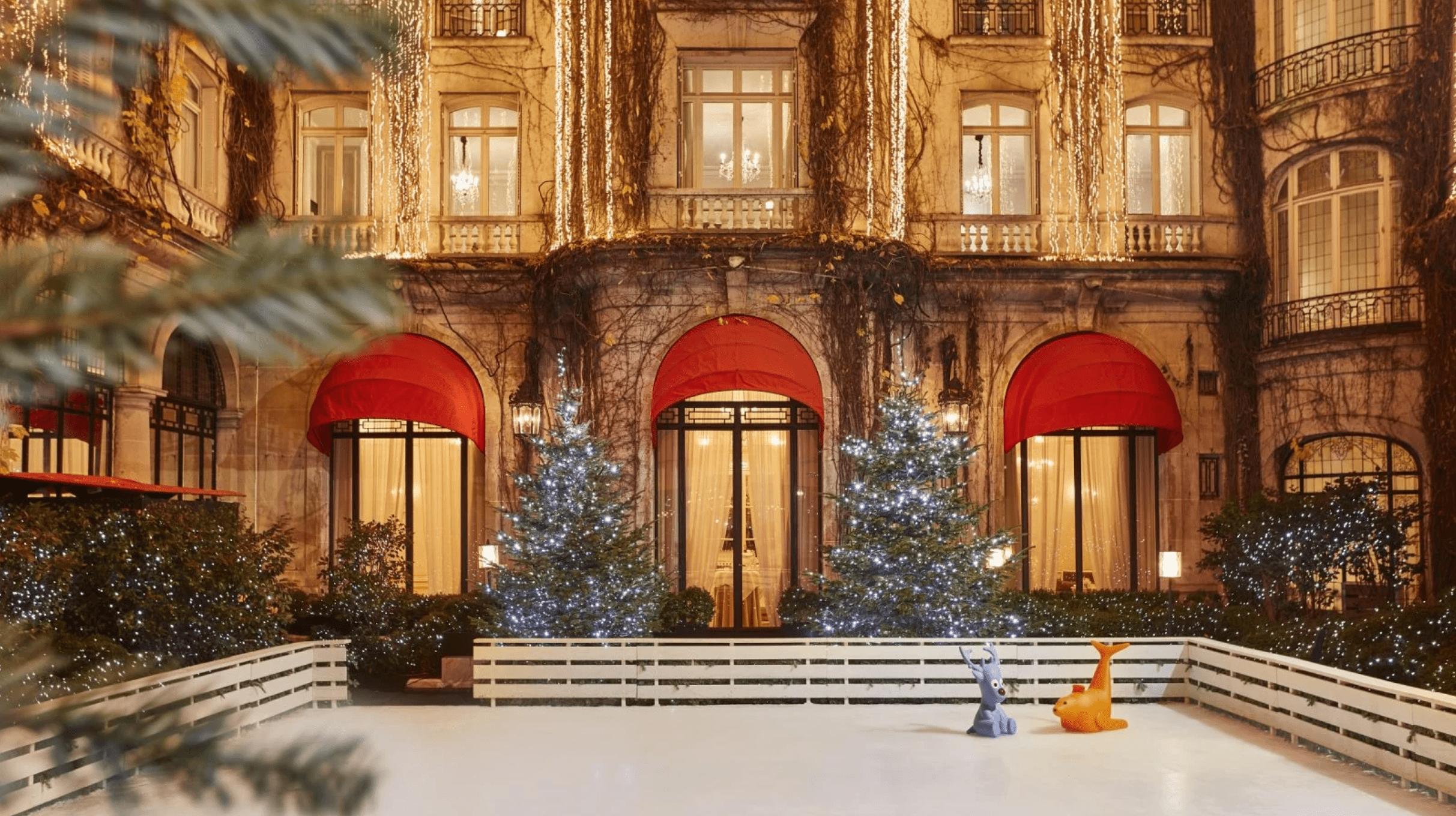 Hotel Plaza Athénée at Christmas