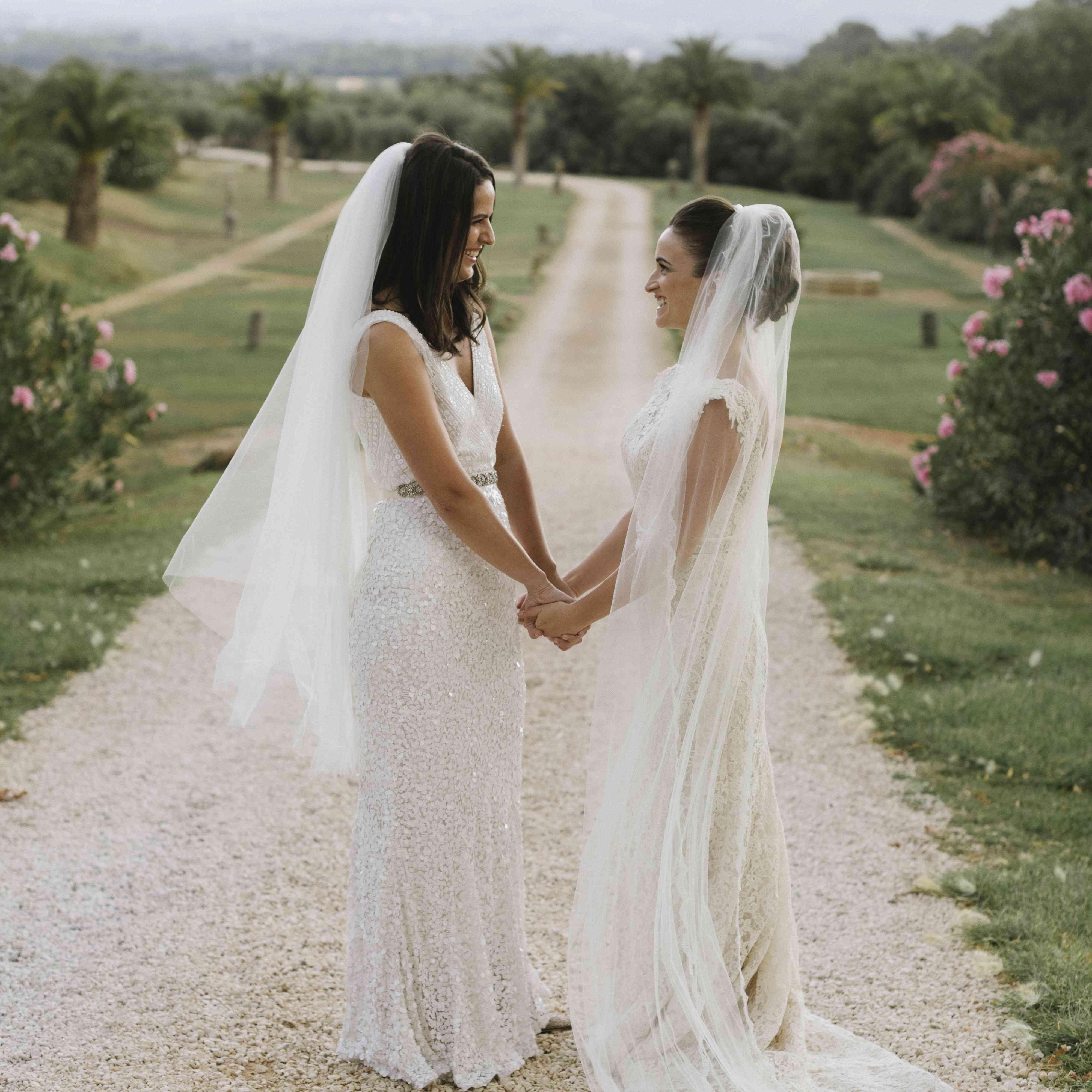 <p>brides wedding dresses</p><br><br>