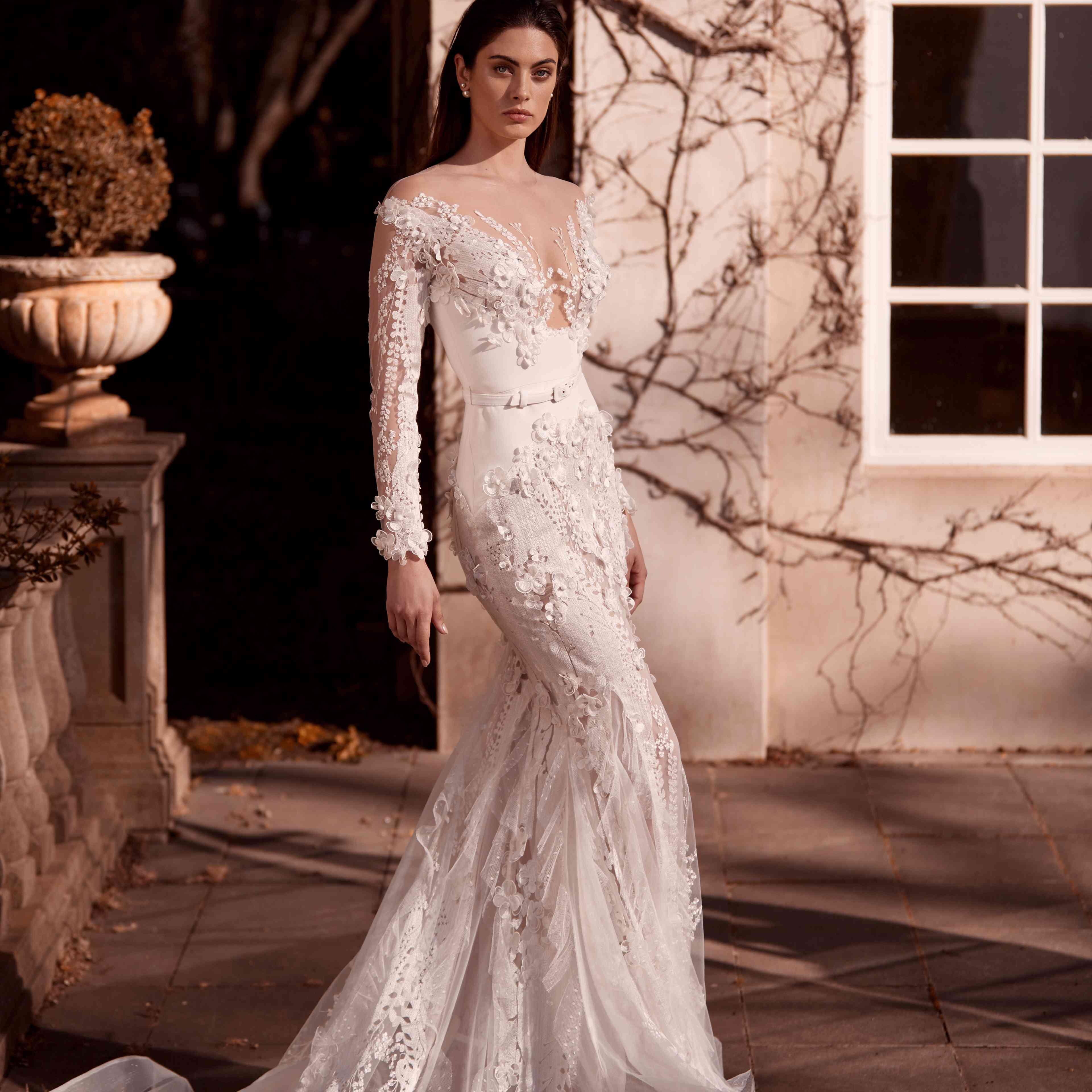 Manon long sleeve wedding dress