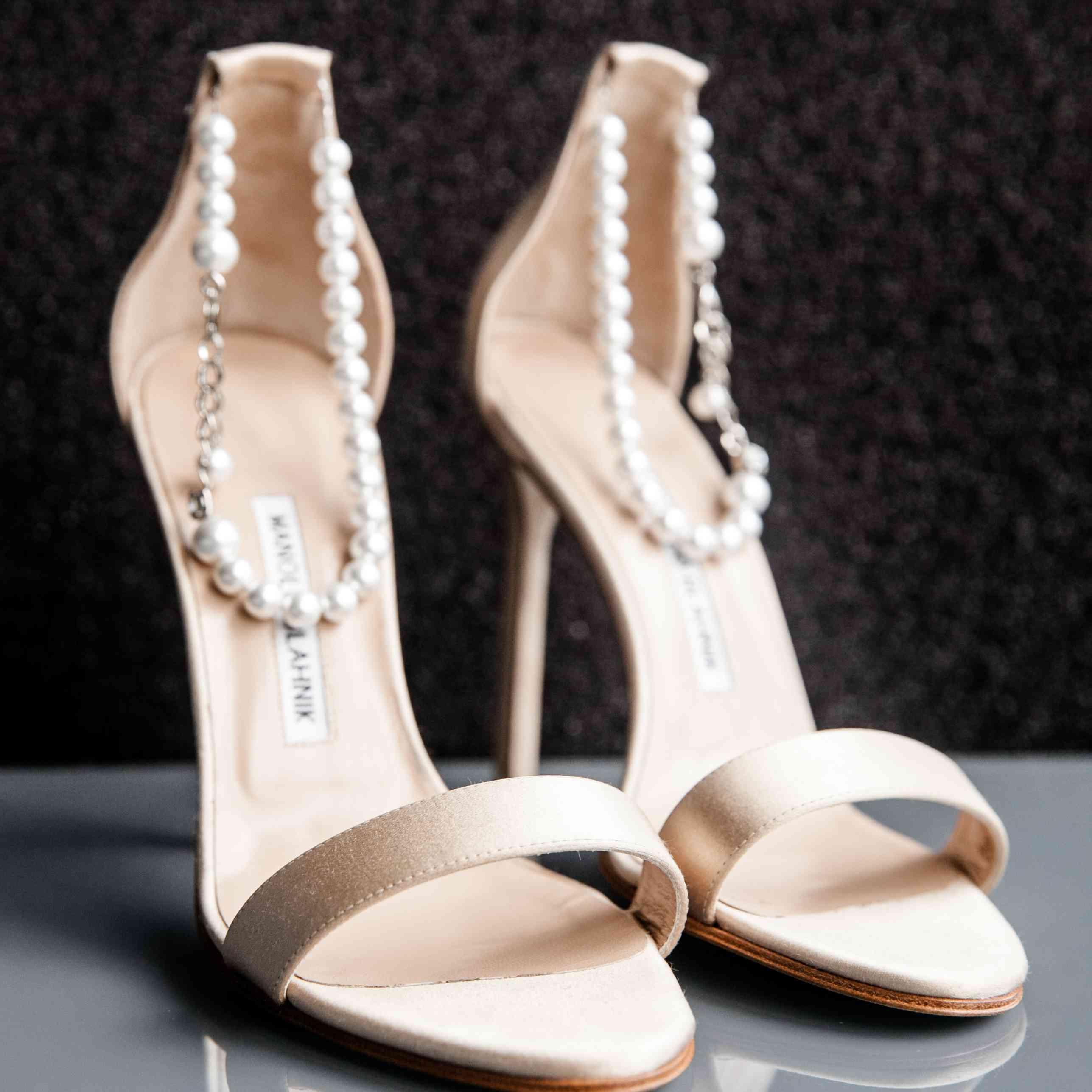 <p>Manolo Blahnik Heels With Pearls</p><br><br>