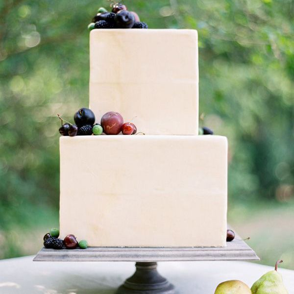 square wedding cake with fruit