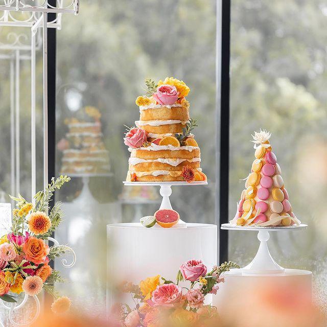 wedding cake with citrus