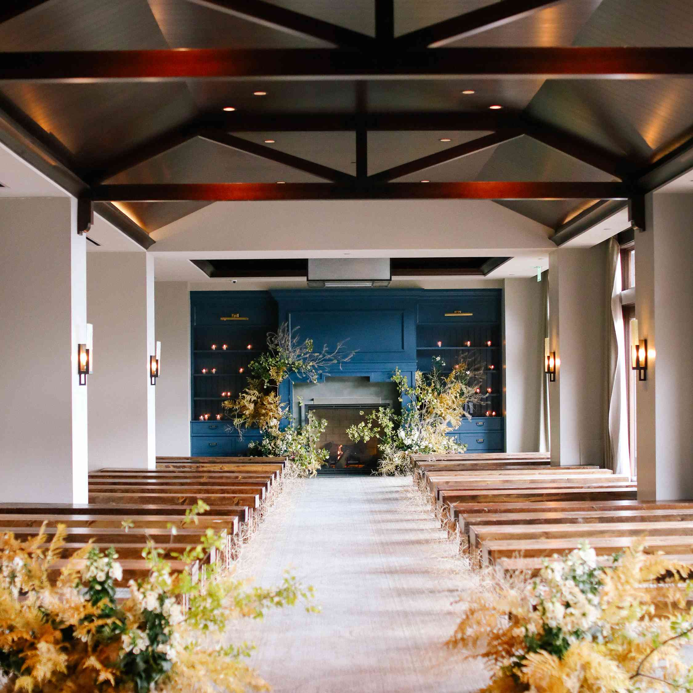 savannah and riker wedding, ceremony setting