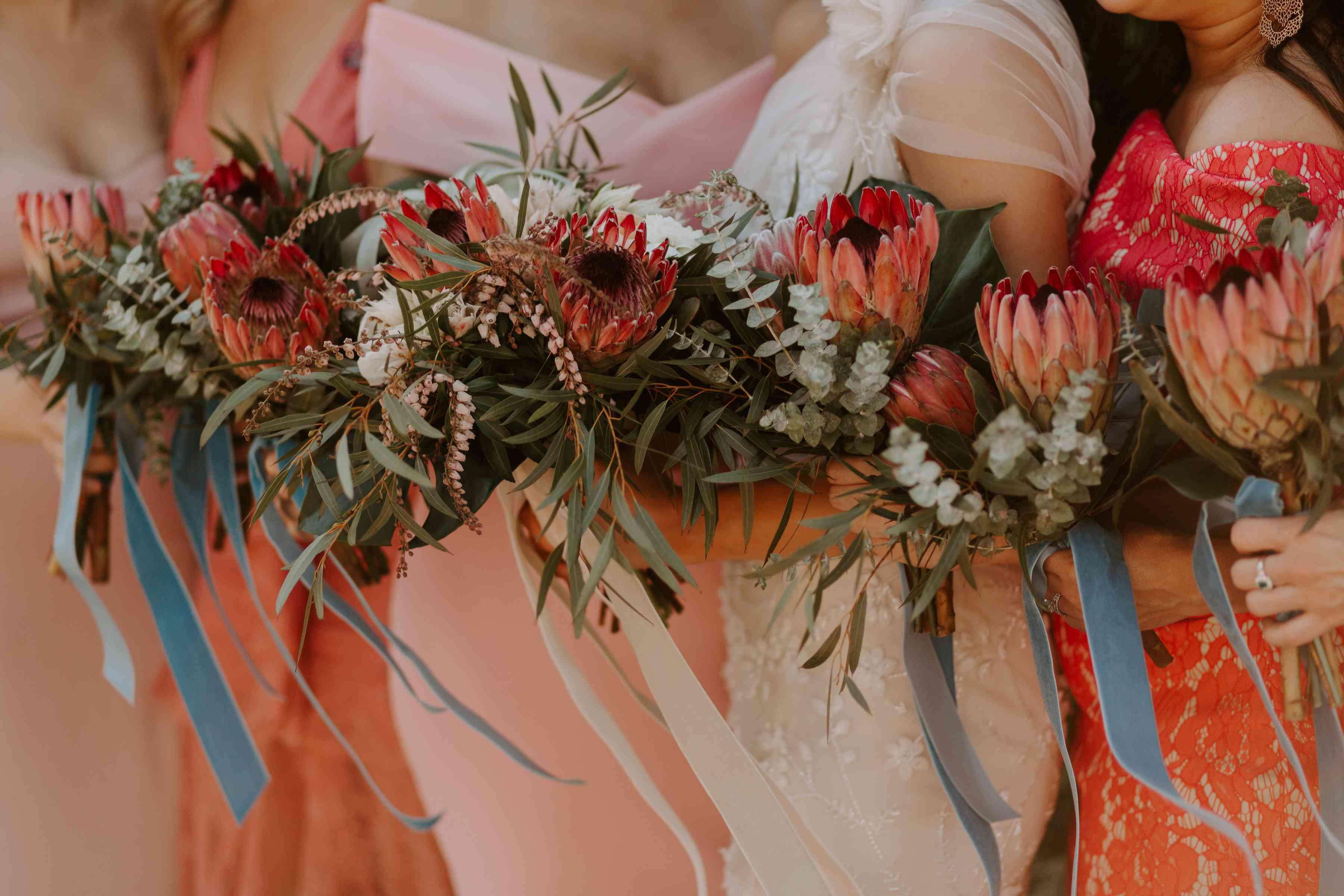 <p>bride and bridesmaid bouquets</p><br><br>