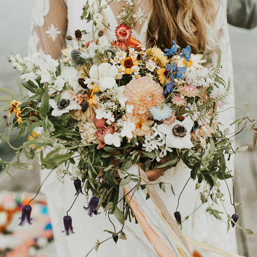 15 Sunflower Wedding Bouquets