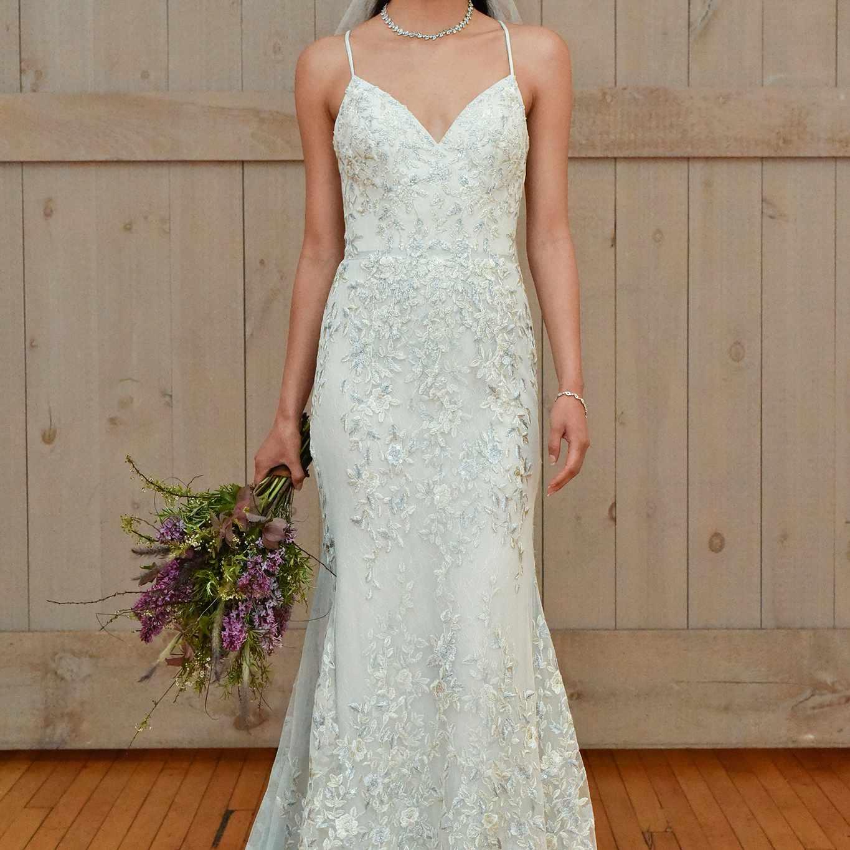 David's Bridal Spring 2018 Wedding Dress