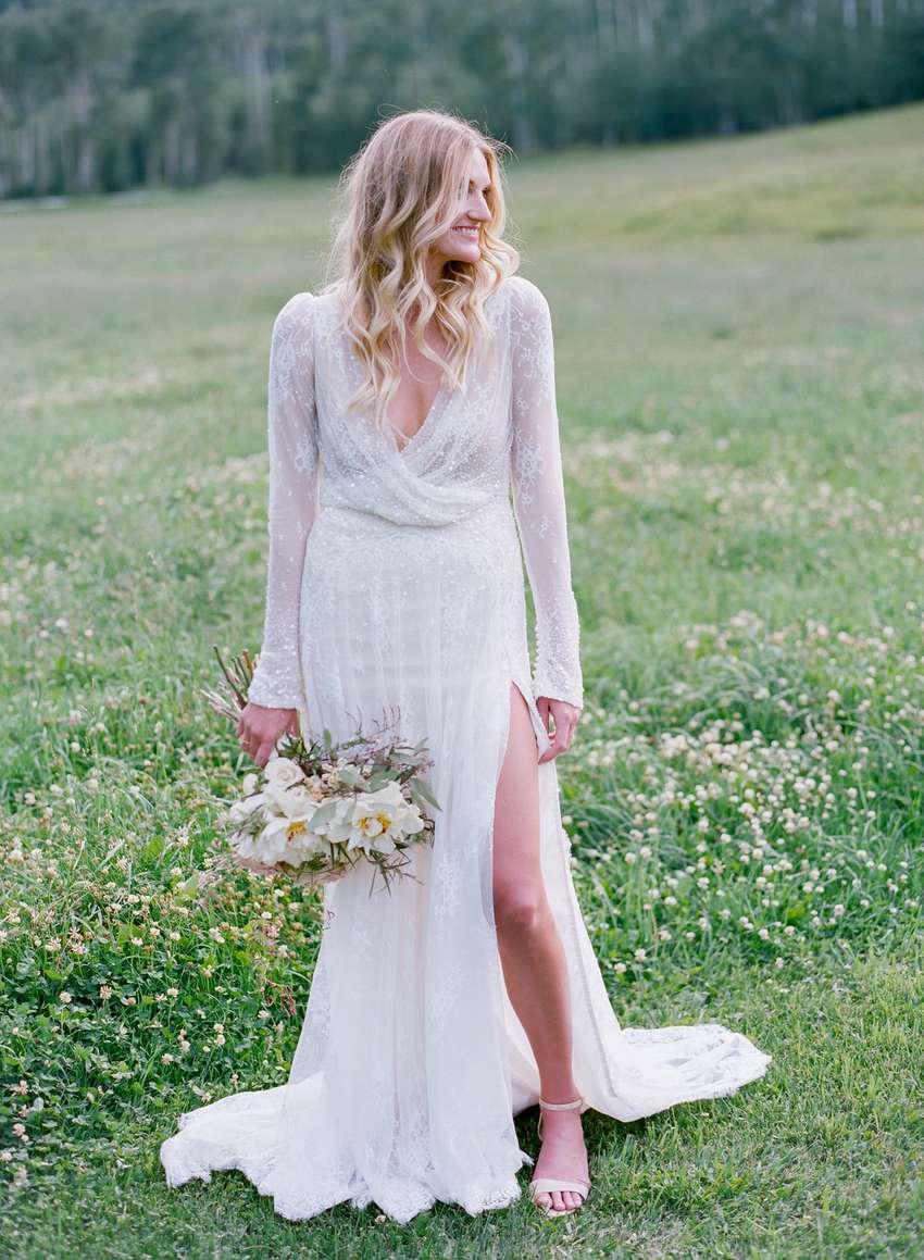 <p>Bride in Inbal Dror</p>