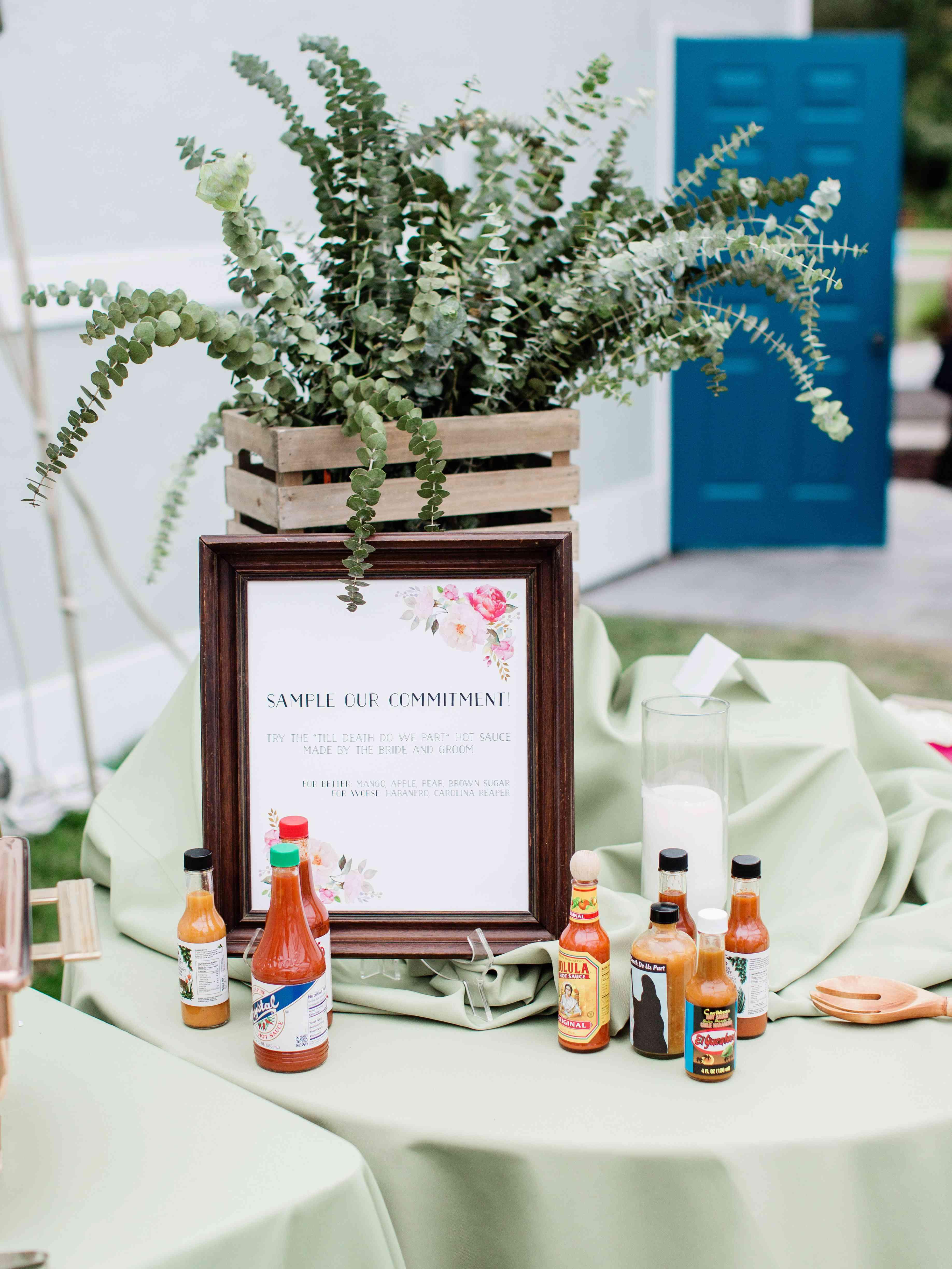 wedding hot sauce