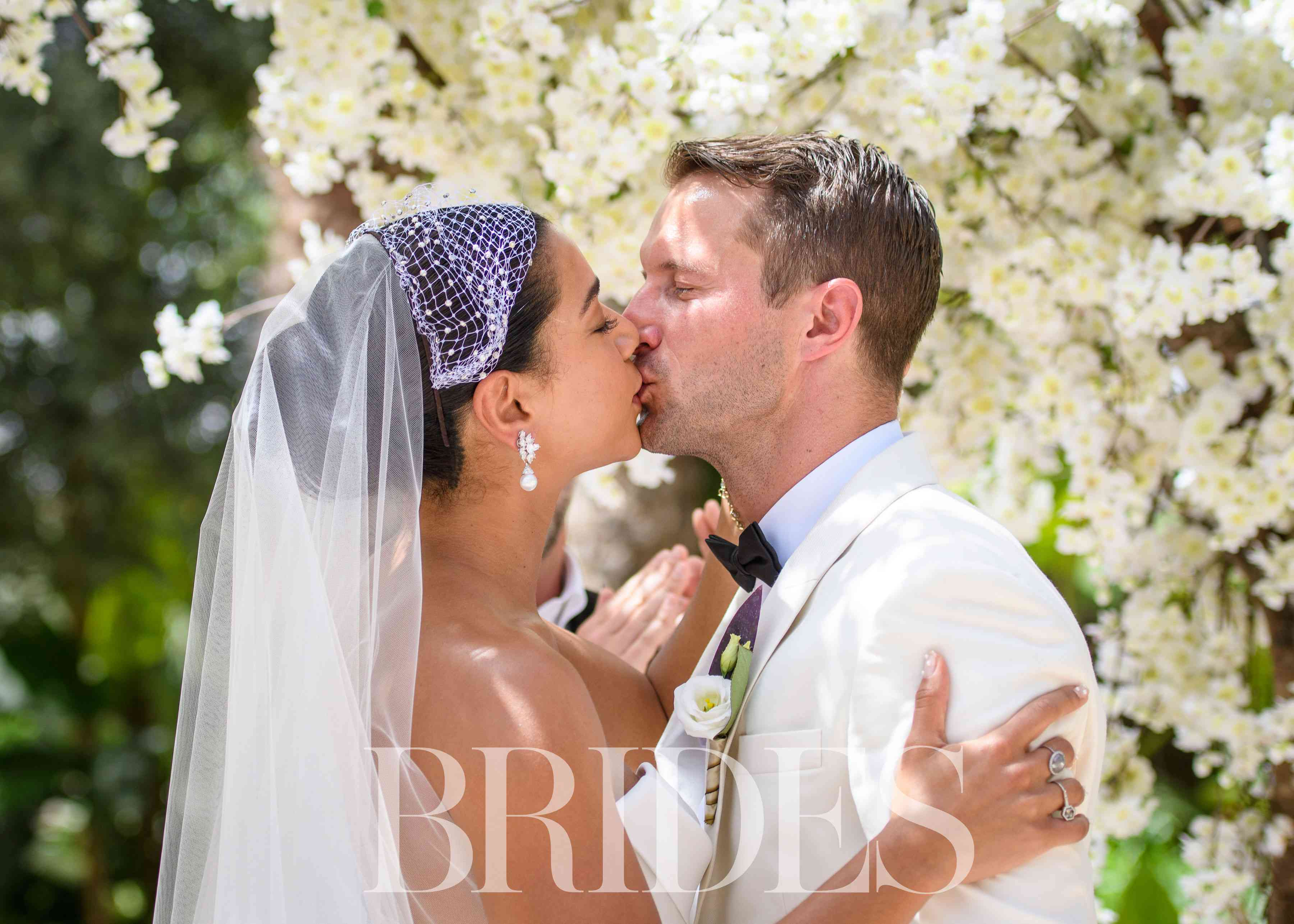 Hannah Bronfman and Brendan Fallis First Kiss