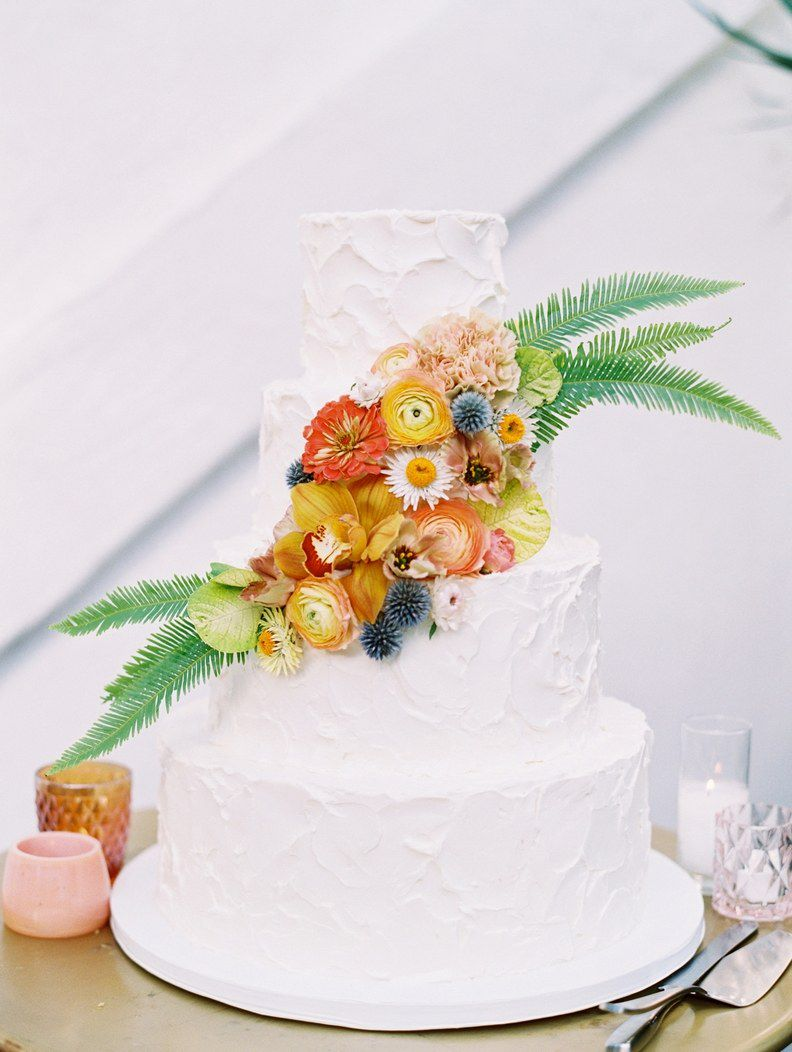 Wedding Cakes 101 The Superstition Almost Every Couple Abides By