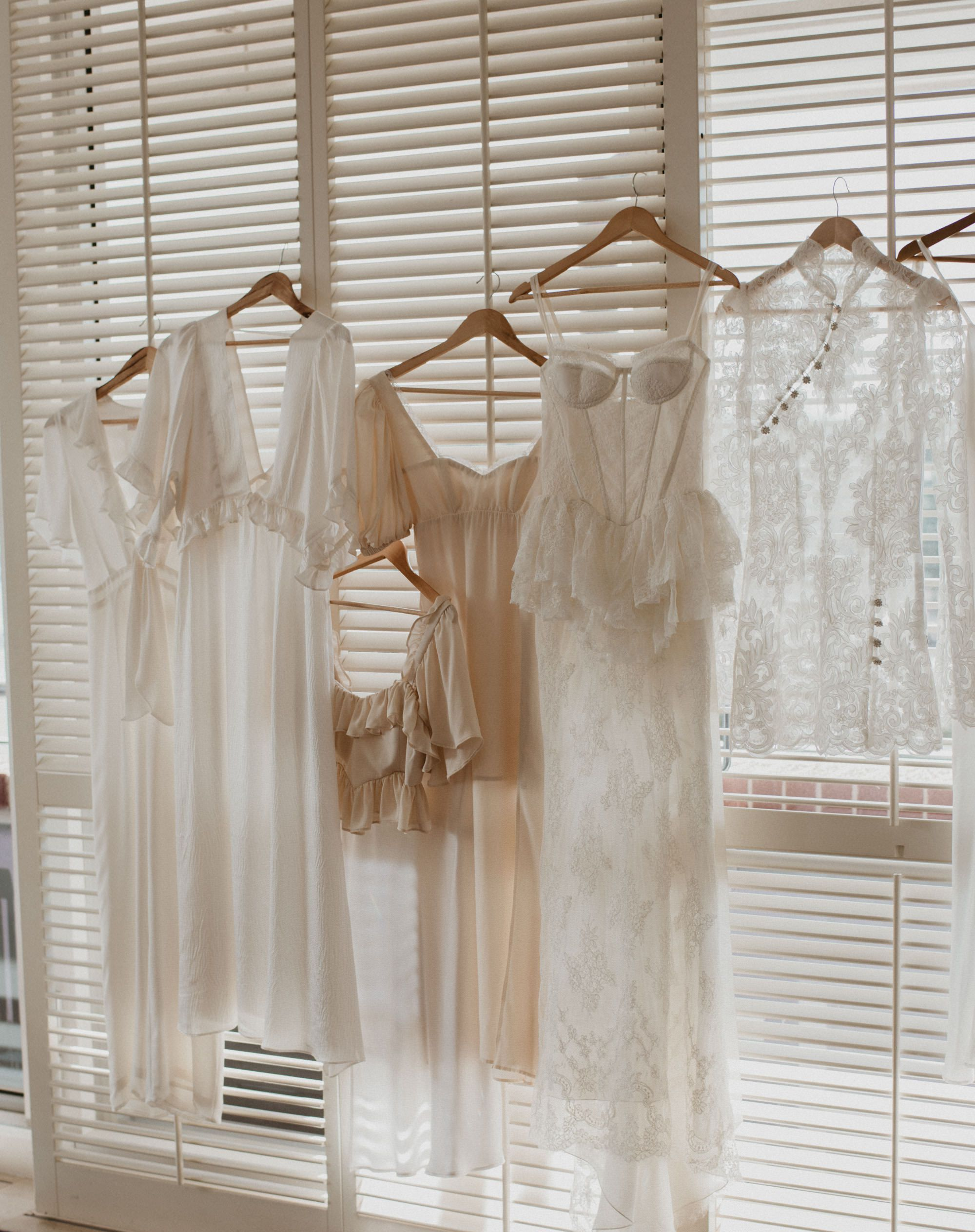 Wedding Dress Timeline Monthly To Dos To Perfect Your Bridal Look