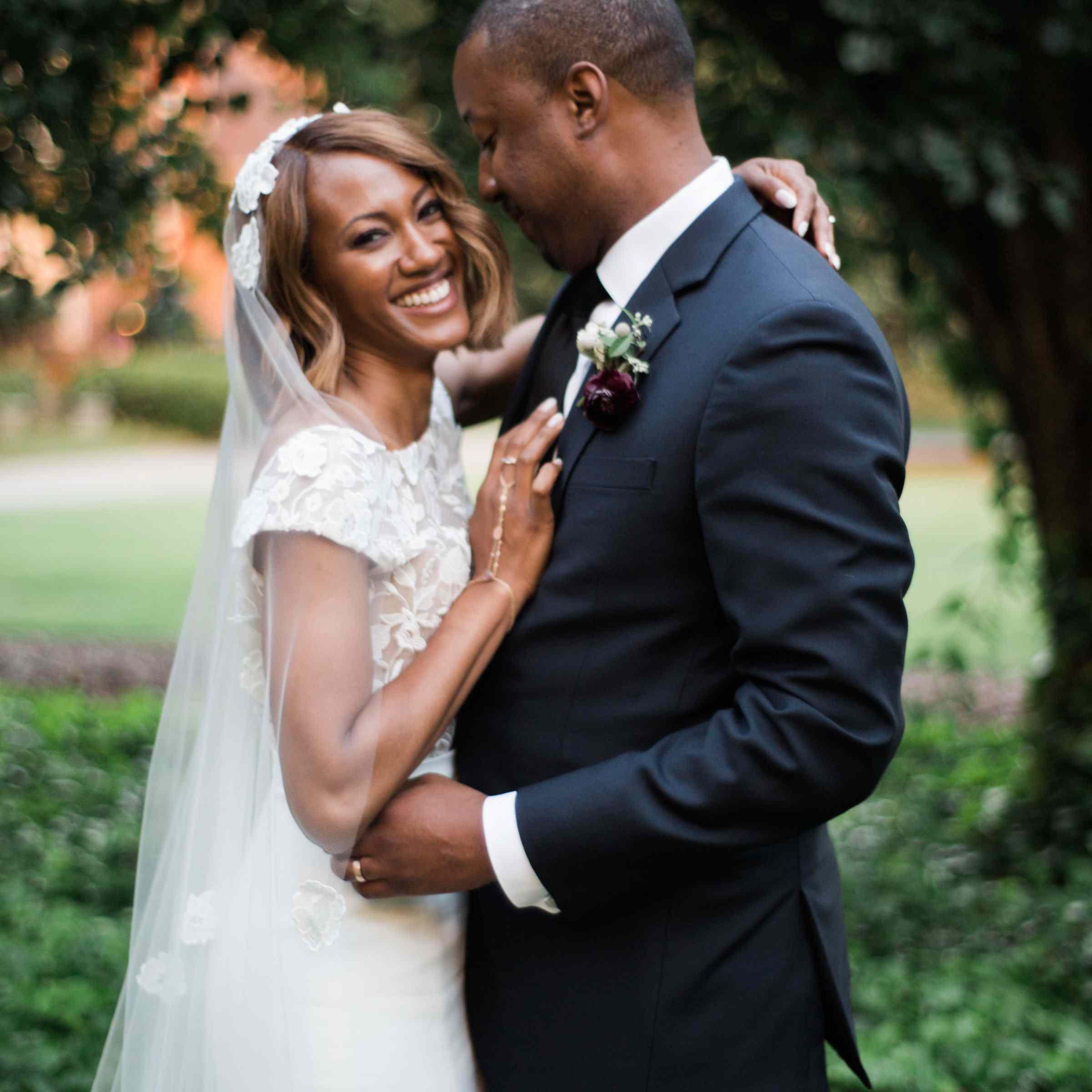 couple embracing eachother