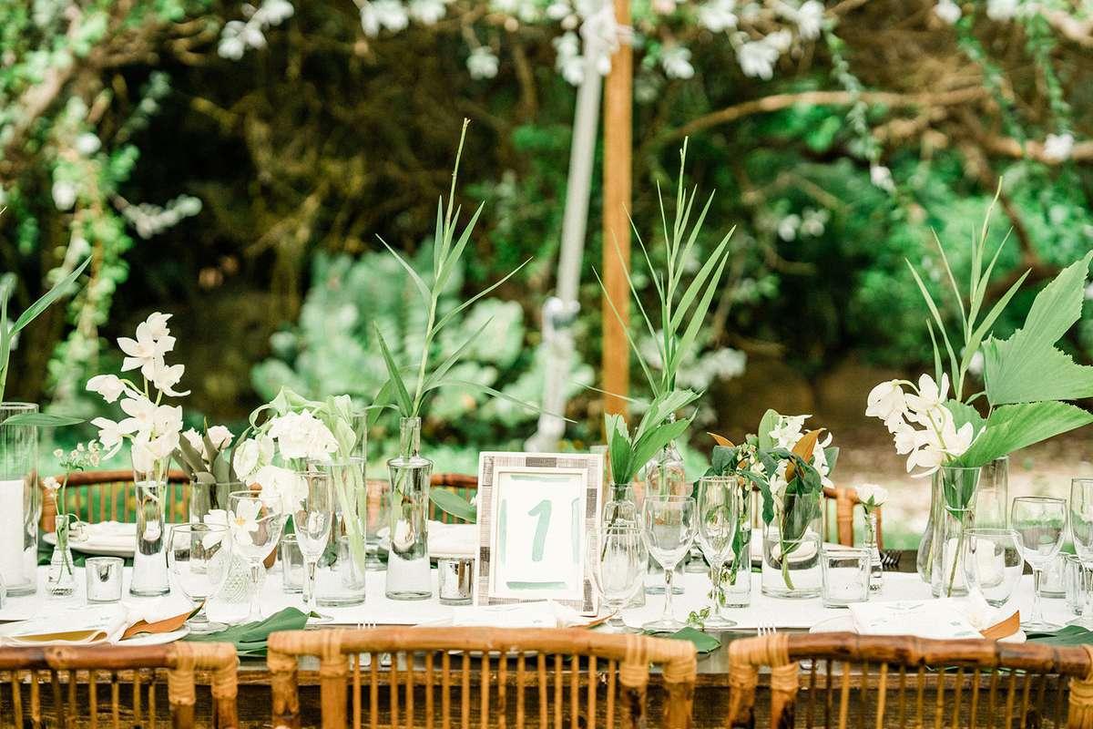 20 Brilliantly Simple Wedding Centerpieces
