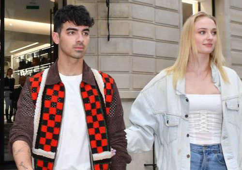 oe Jonas and Sophie Turner are seen leaving Celine boutique during Paris Fashion Week - Menswear Spring/Summer 2020 on June 22, 2019 in Paris, France.