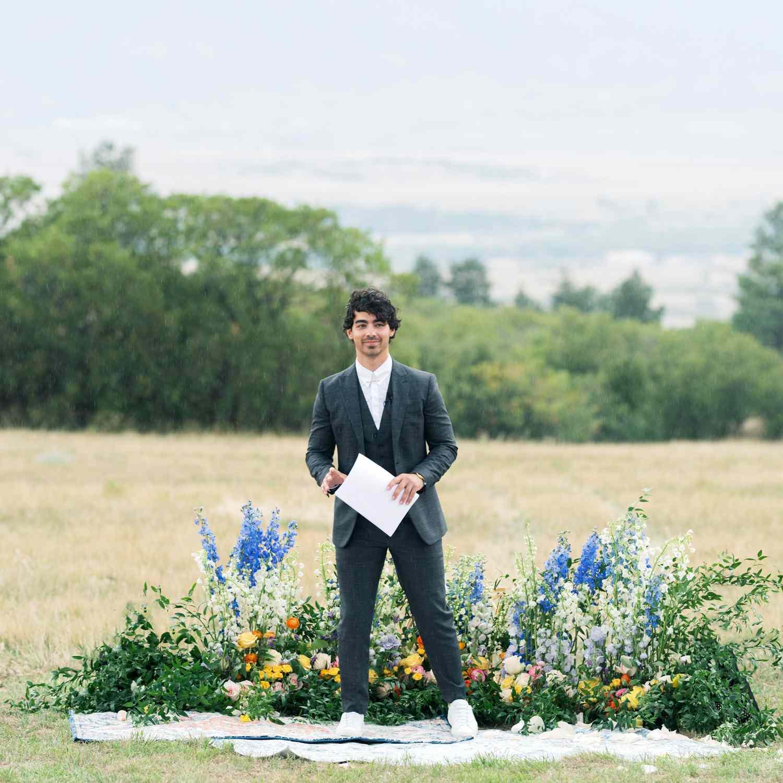joe jonas wedding officiant