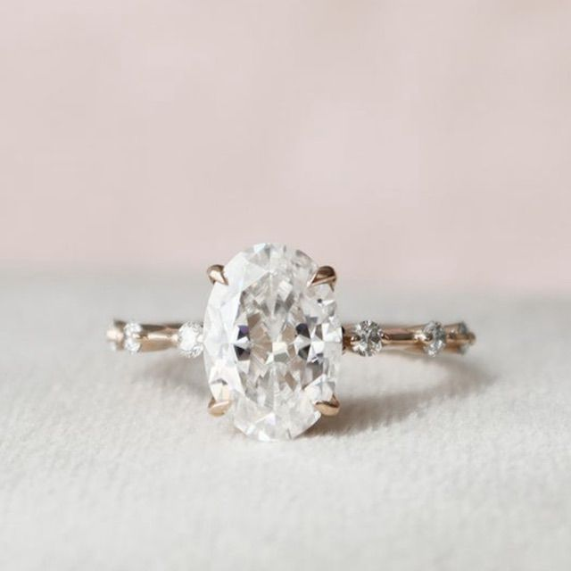 Keyzar 2.5 CT Oval Engagement Ring, Dainty Moissanite Engagement Ring
