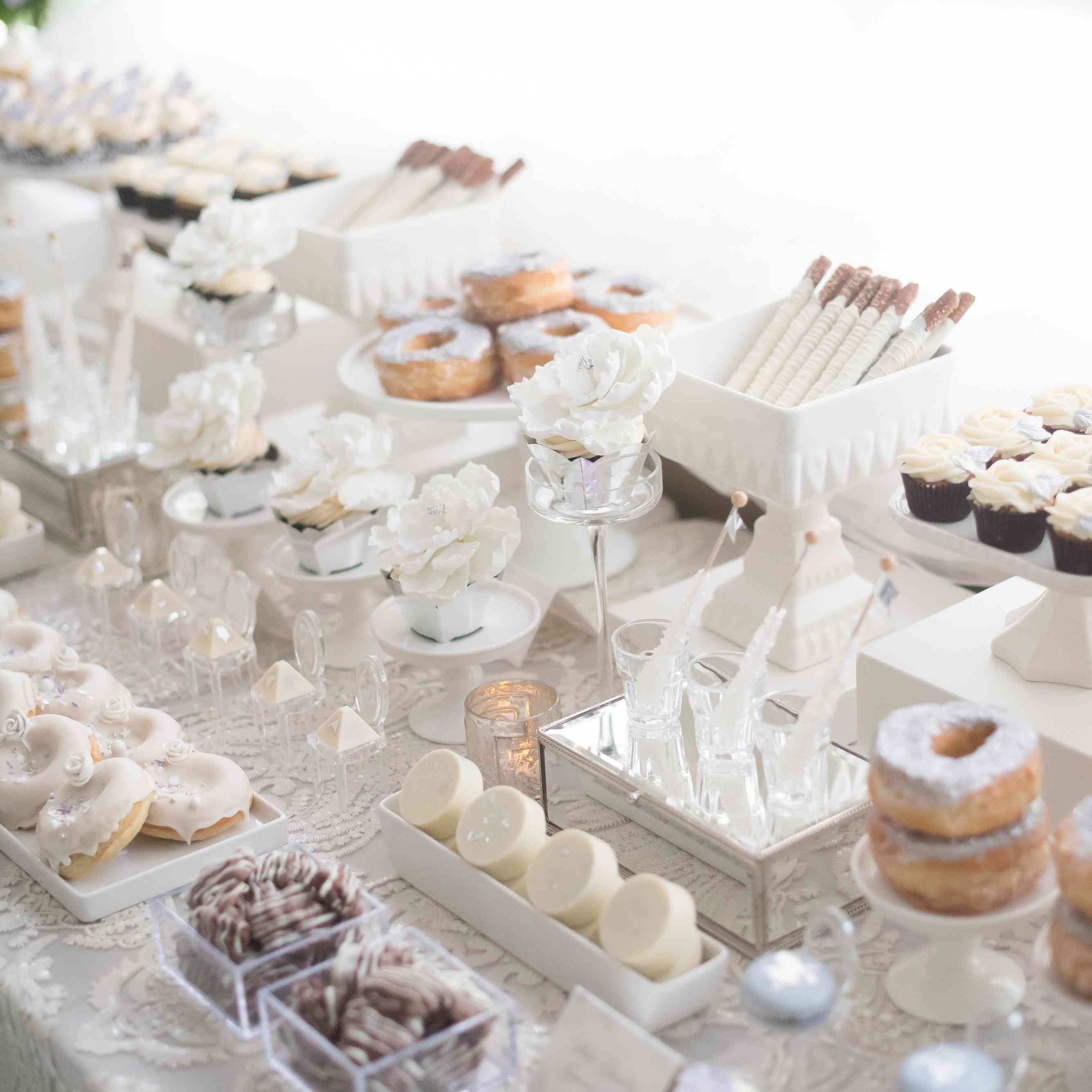 18 Candy Bar Ideas For Every Wedding Style
