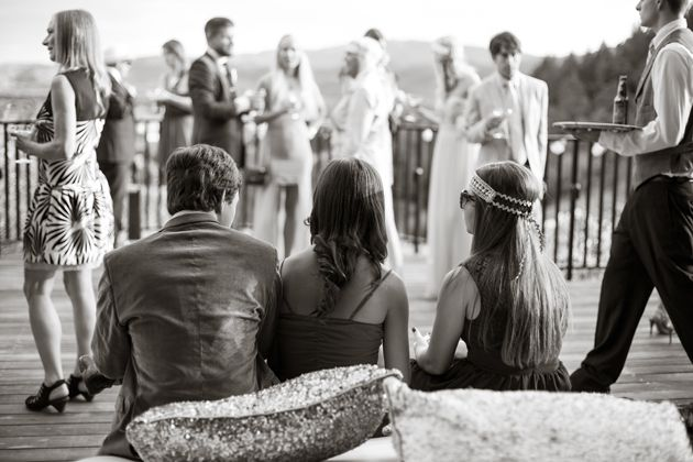 100 Wedding Cocktail Hour Songs That Make a Perfect Playlist