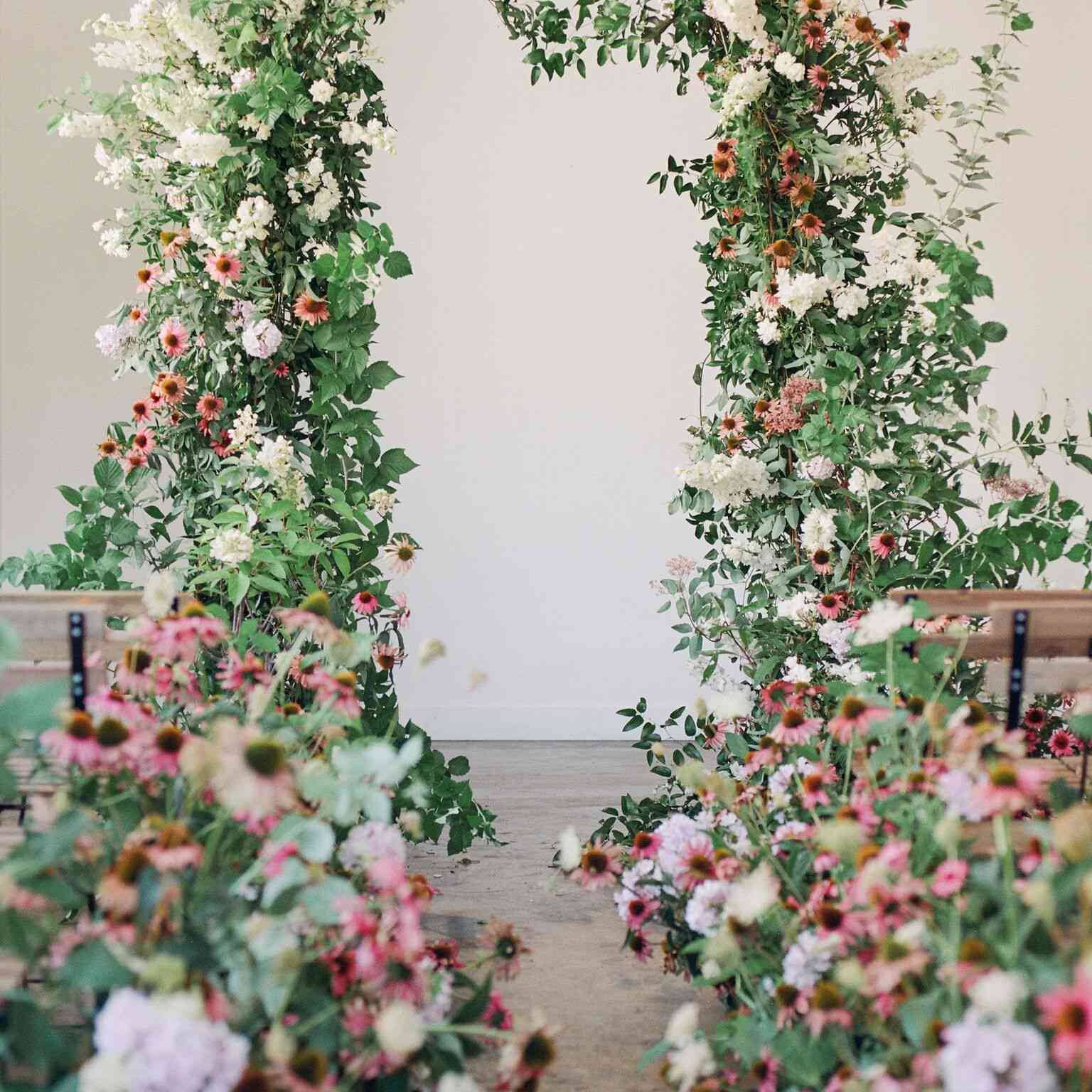 20 Stunning Wedding Flower Wall Ideas