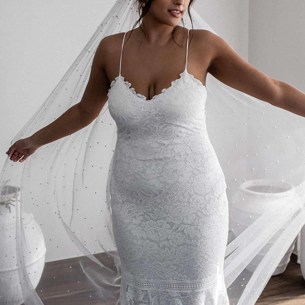 Hart mermaid wedding dress