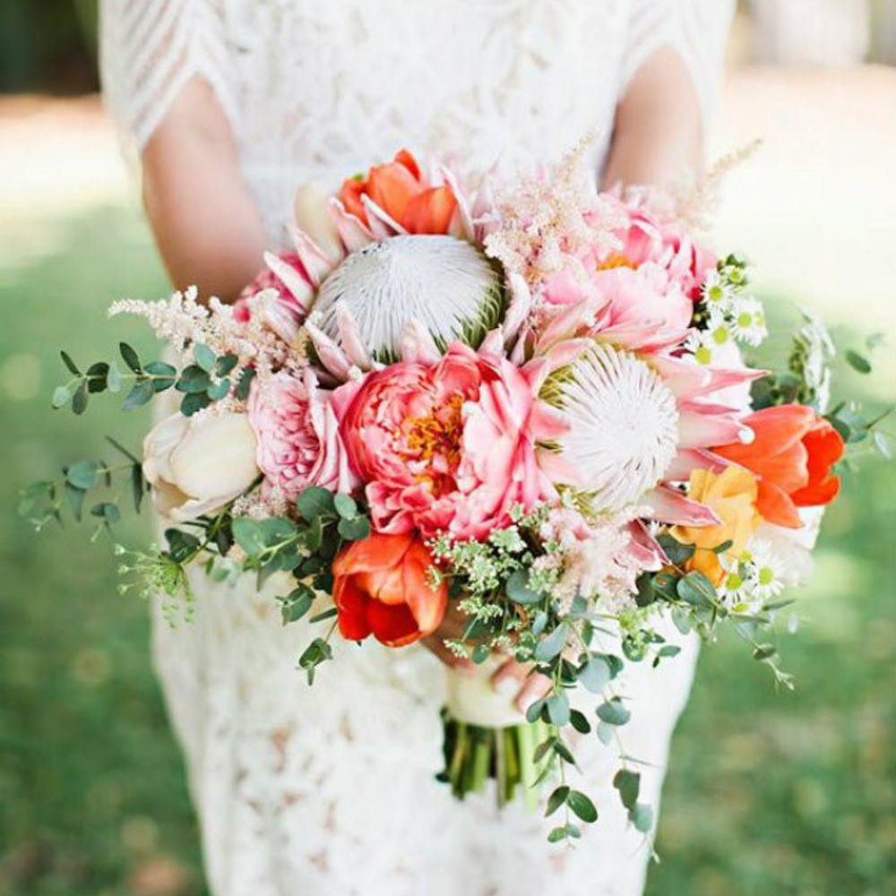 Desert-inspired Peony bouquet