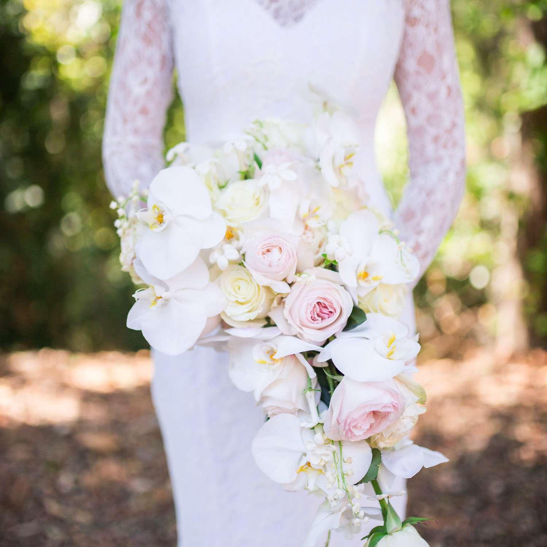 <p>Bridal bouquet</p>