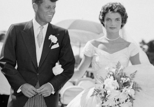 100 Years Of Wedding Hairstyles Broken Down By Decade