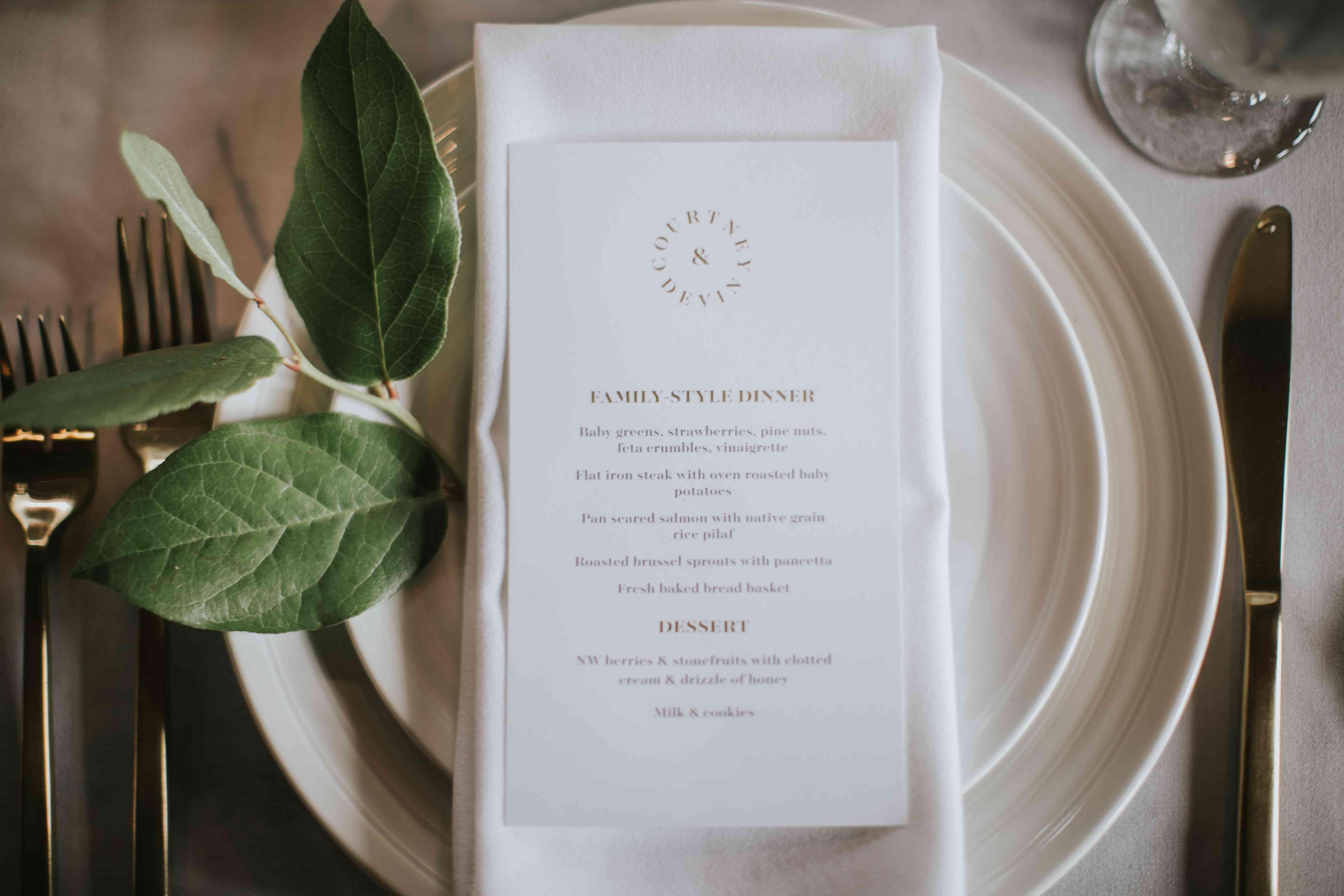 Place setting and menu