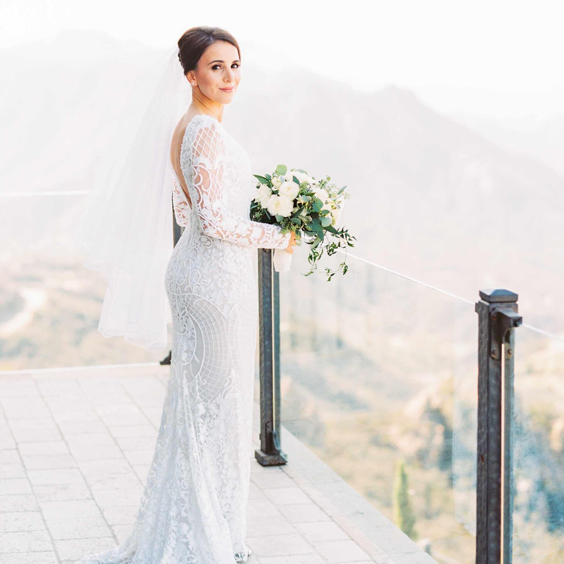 Full body bride solo shot