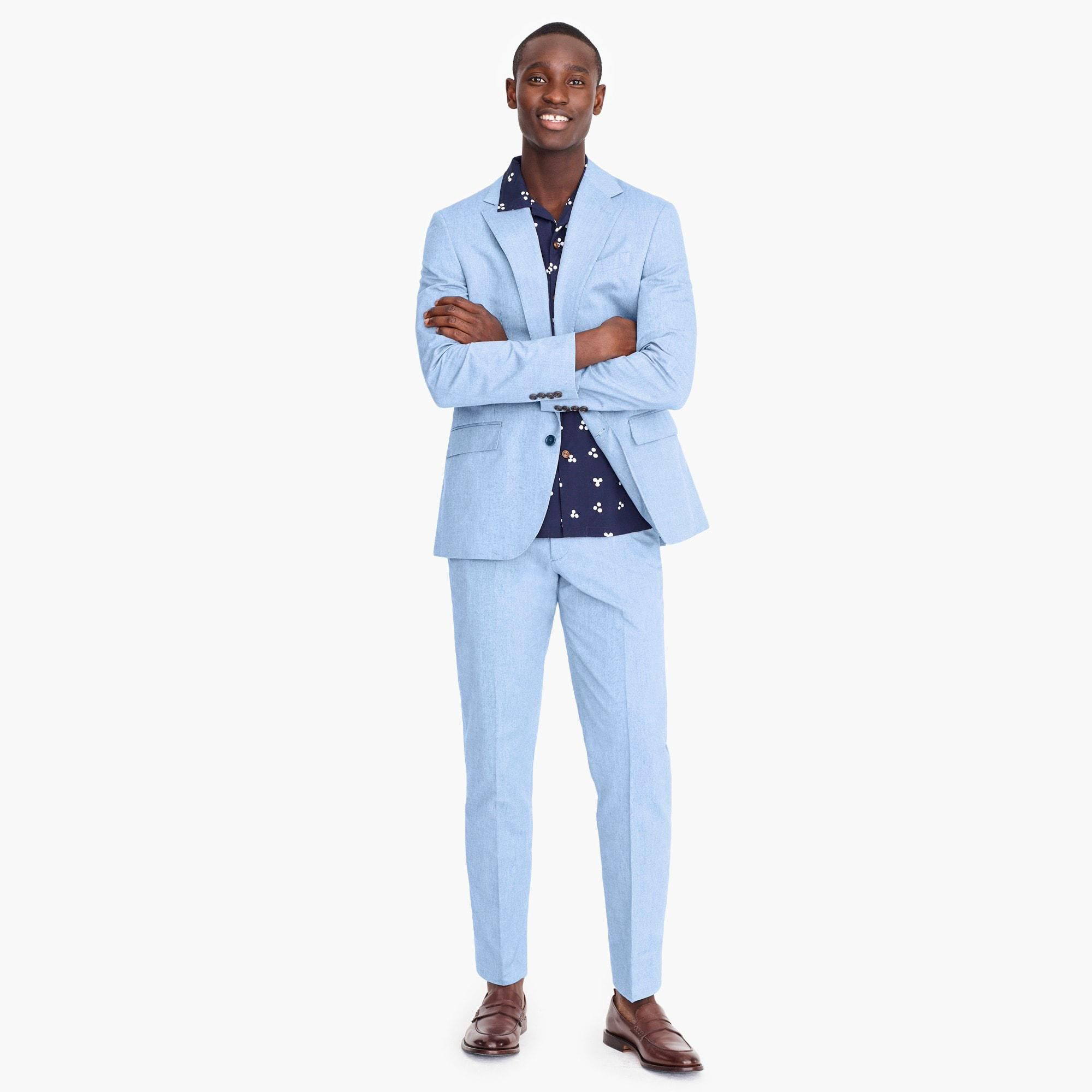 Mens Summer Wedding Attire.15 Stylish Men S Suits To Wear To A Spring Or Summer Wedding