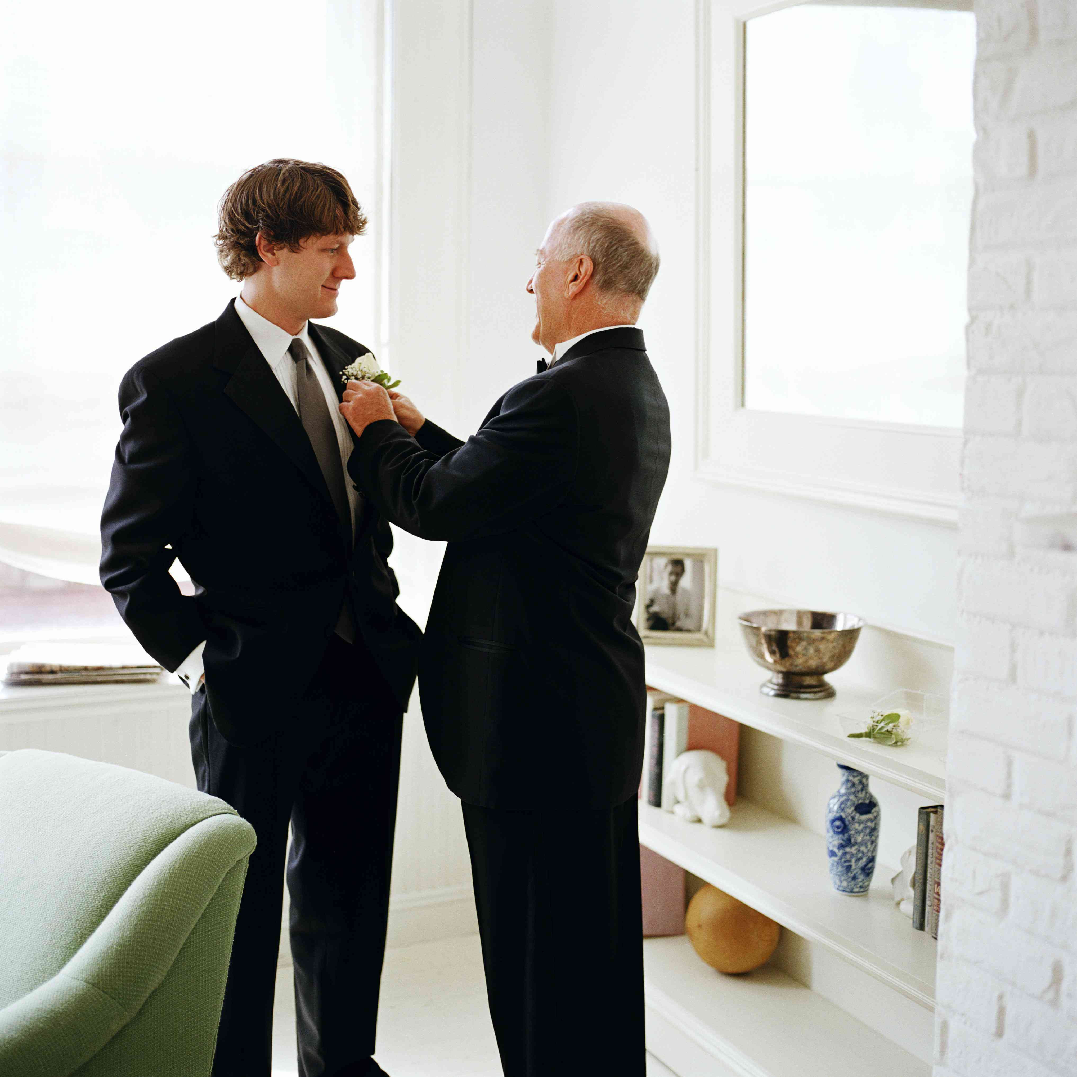 8 Father of the Groom Duties and Responsibilities for the