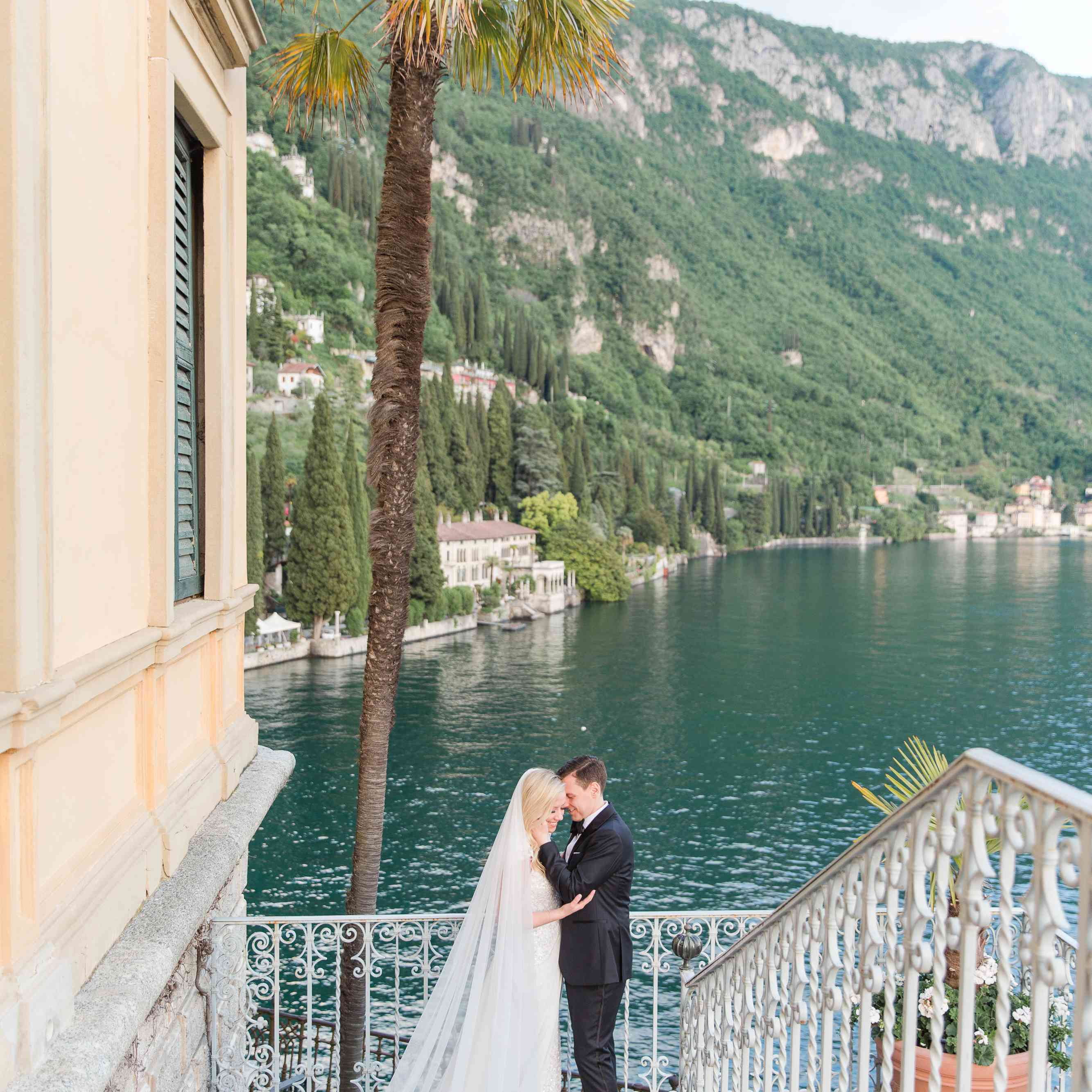 <p>Bride and groom in Italy</p><br><br>