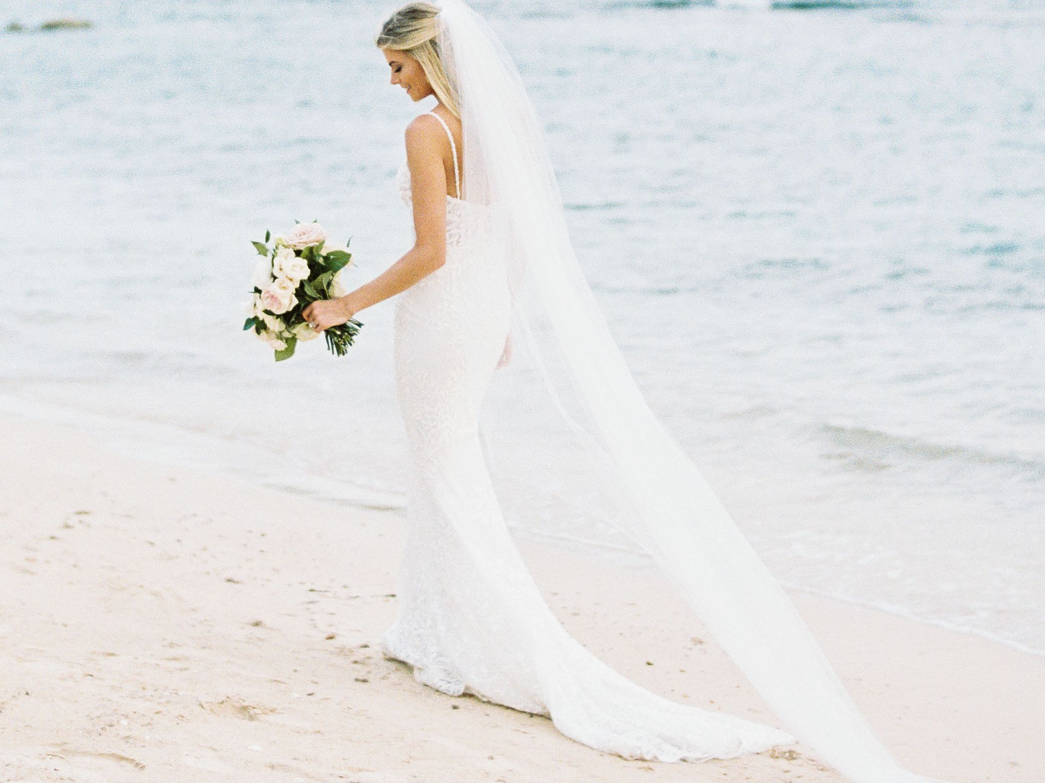 23 Beach Wedding Hairstyle Ideas
